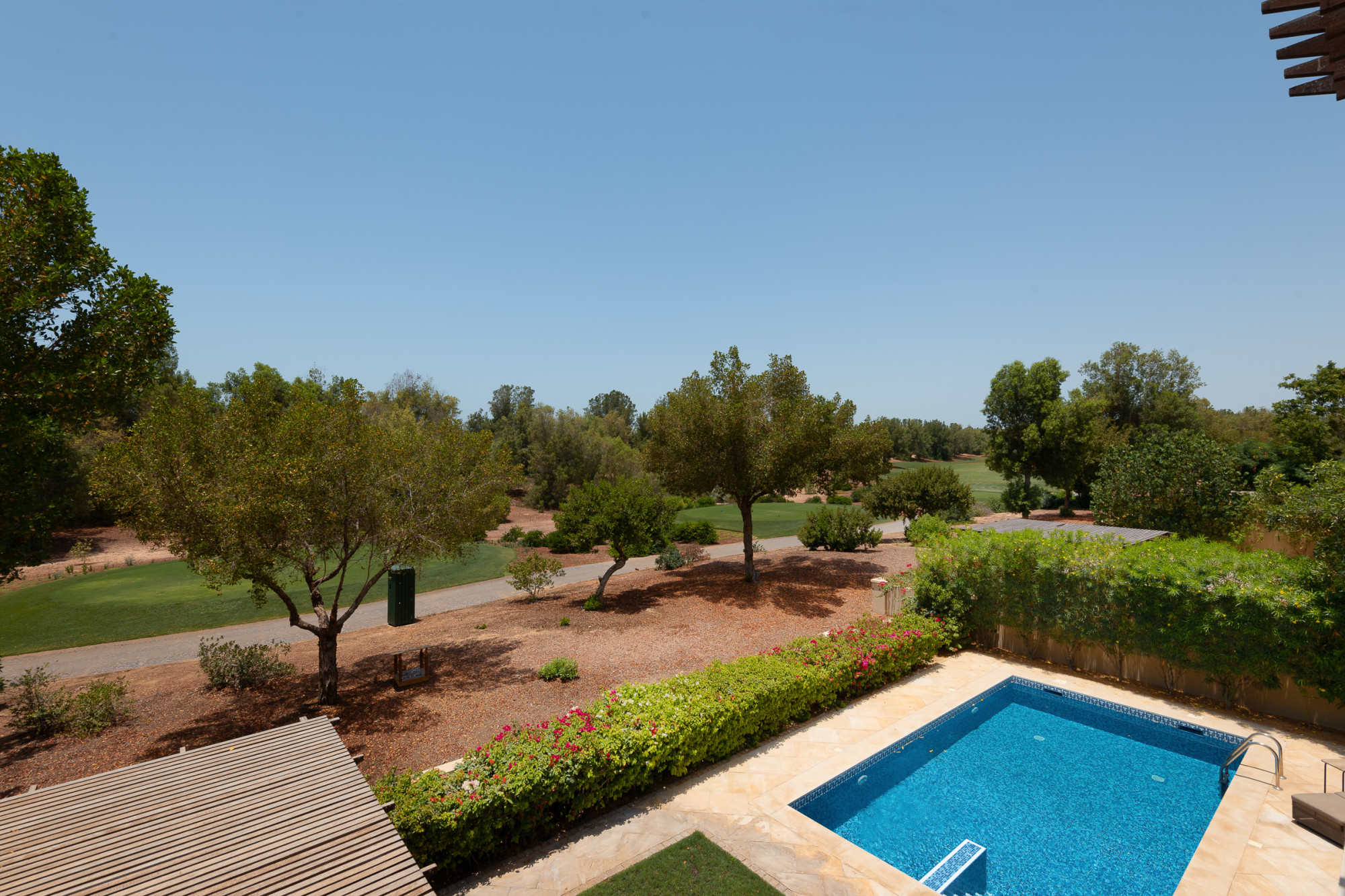 5 Bed Valencia   Vacant   Full Golf Course