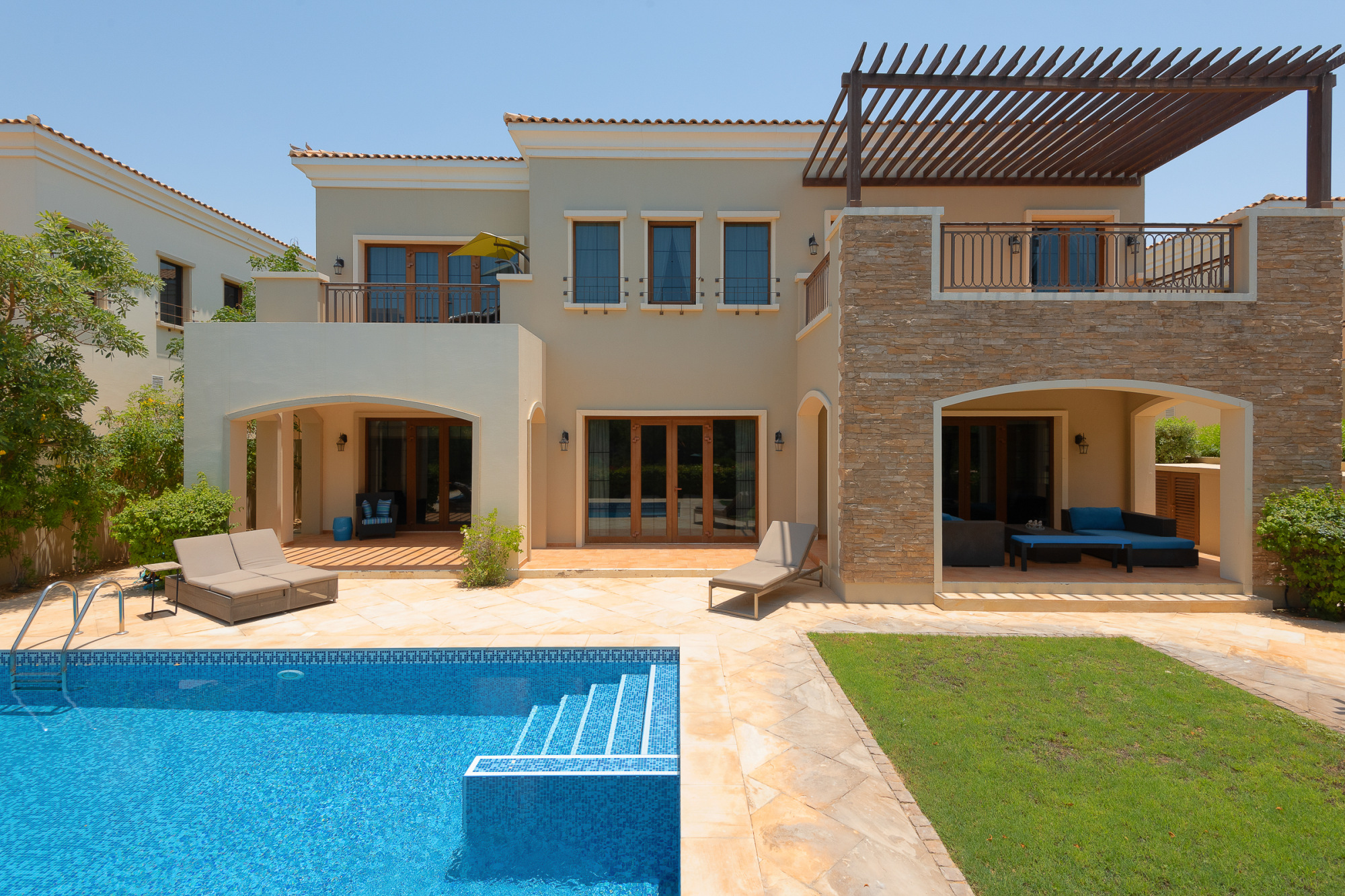 Valencia Style | Full Golf Course | 5 Bedroom