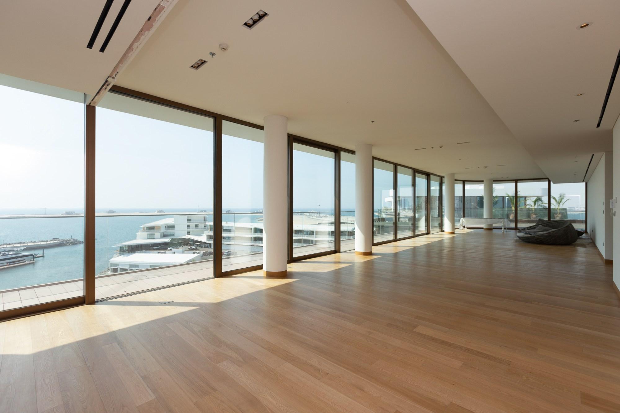 Luxury Beach Penthouse With Panoramic Views