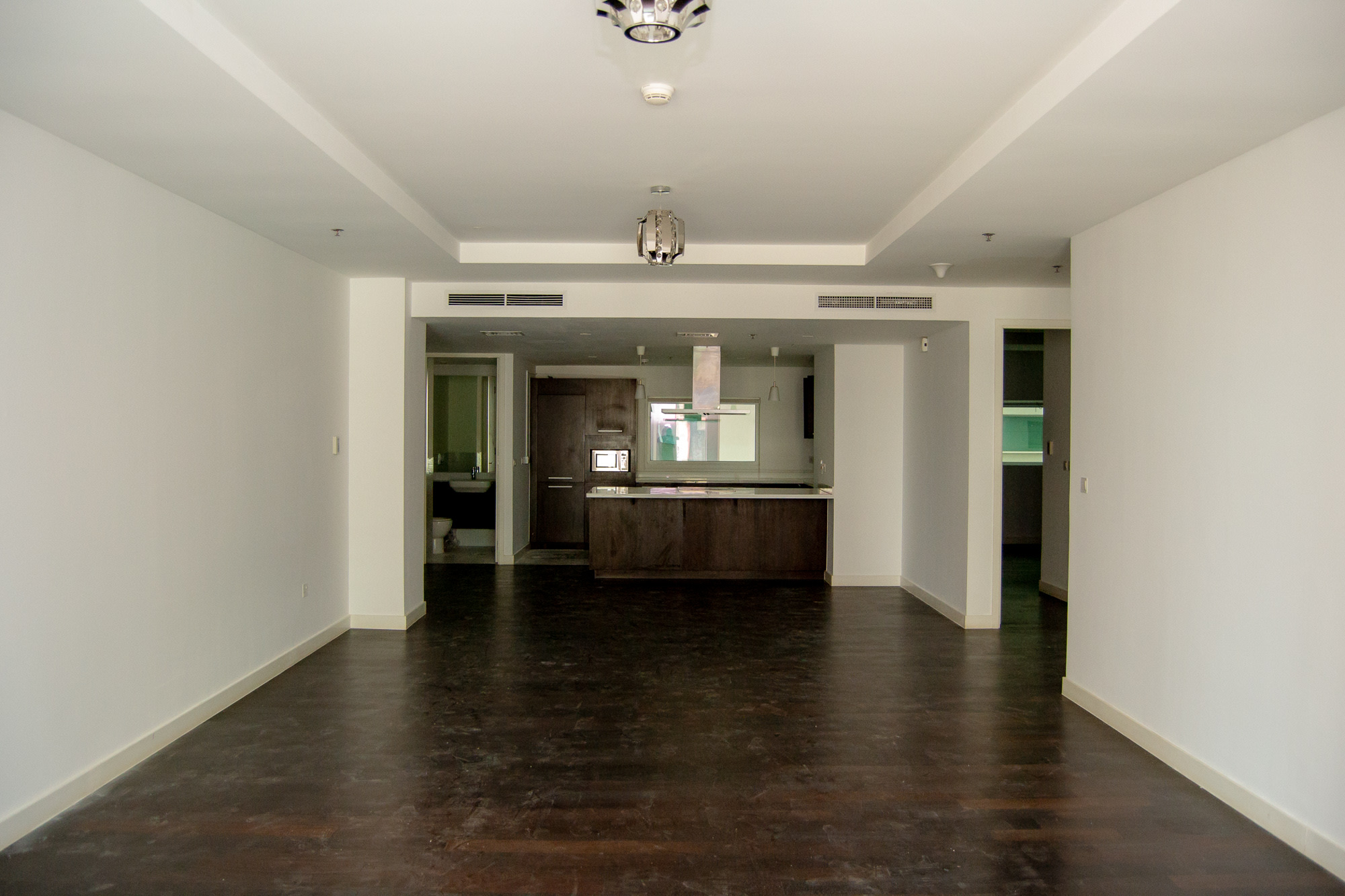 Spacious Two Bedroom at Lower Floor - DIFC