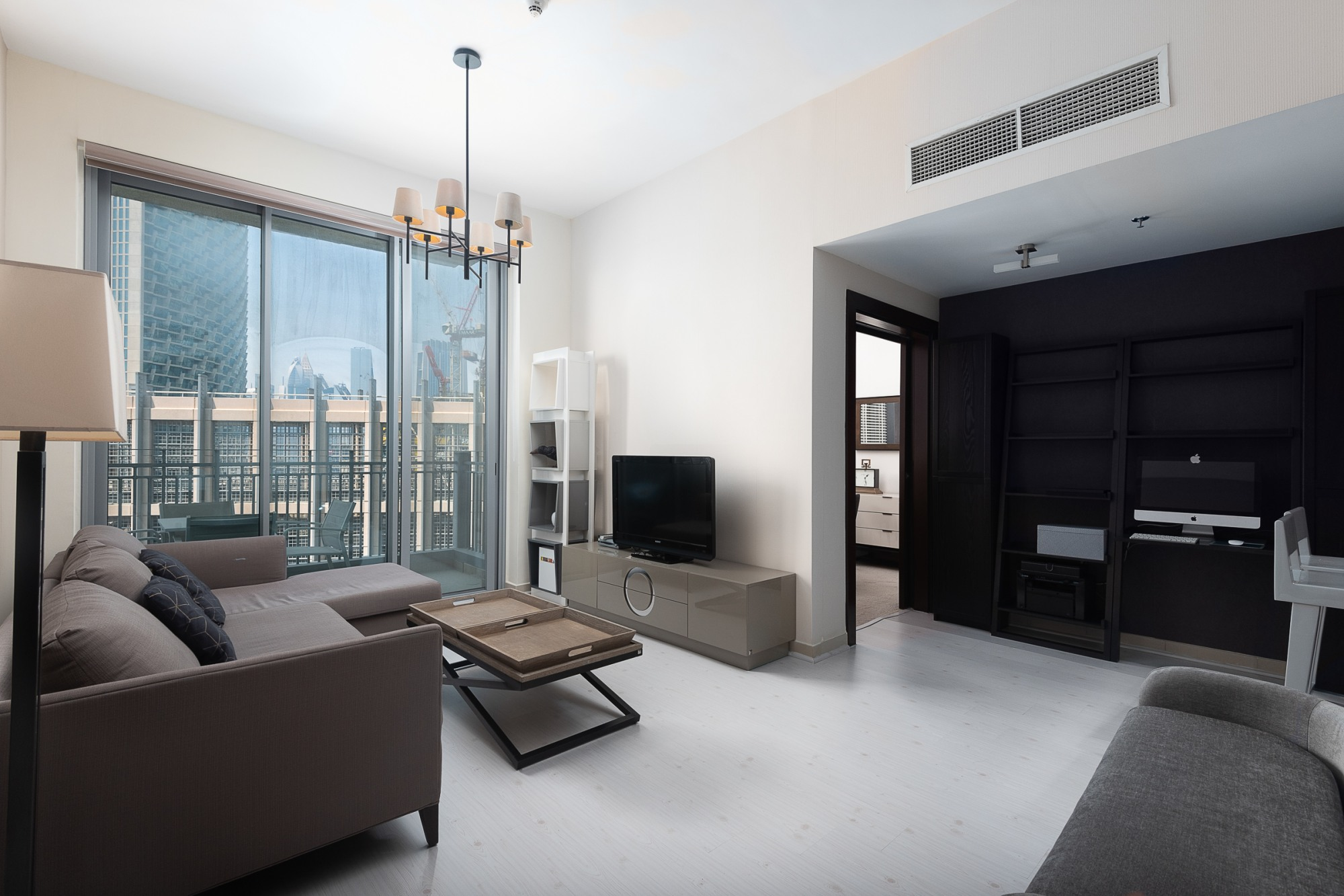Fully Upgraded | One Plus Large Study | Burj View