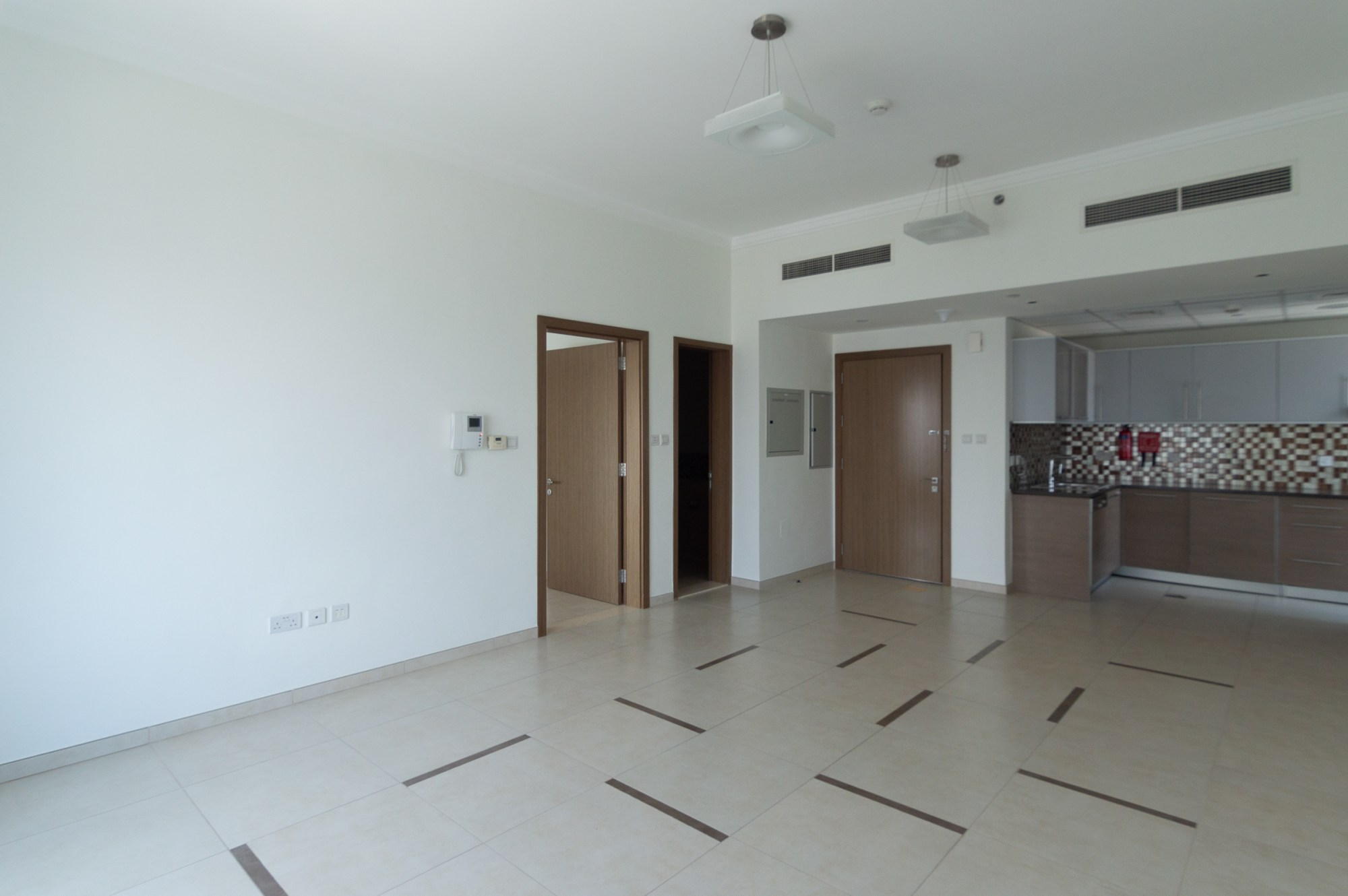 Largest 1 Bed Burj | Sea View Chiller Included