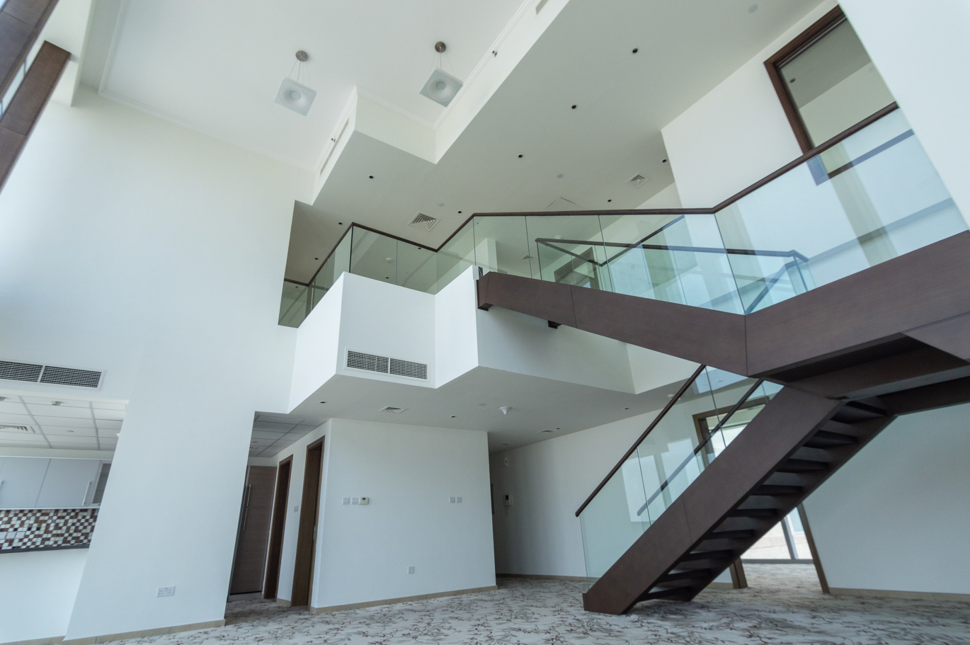 Spacious 4 Bedrooms Duplex Best View Great Price
