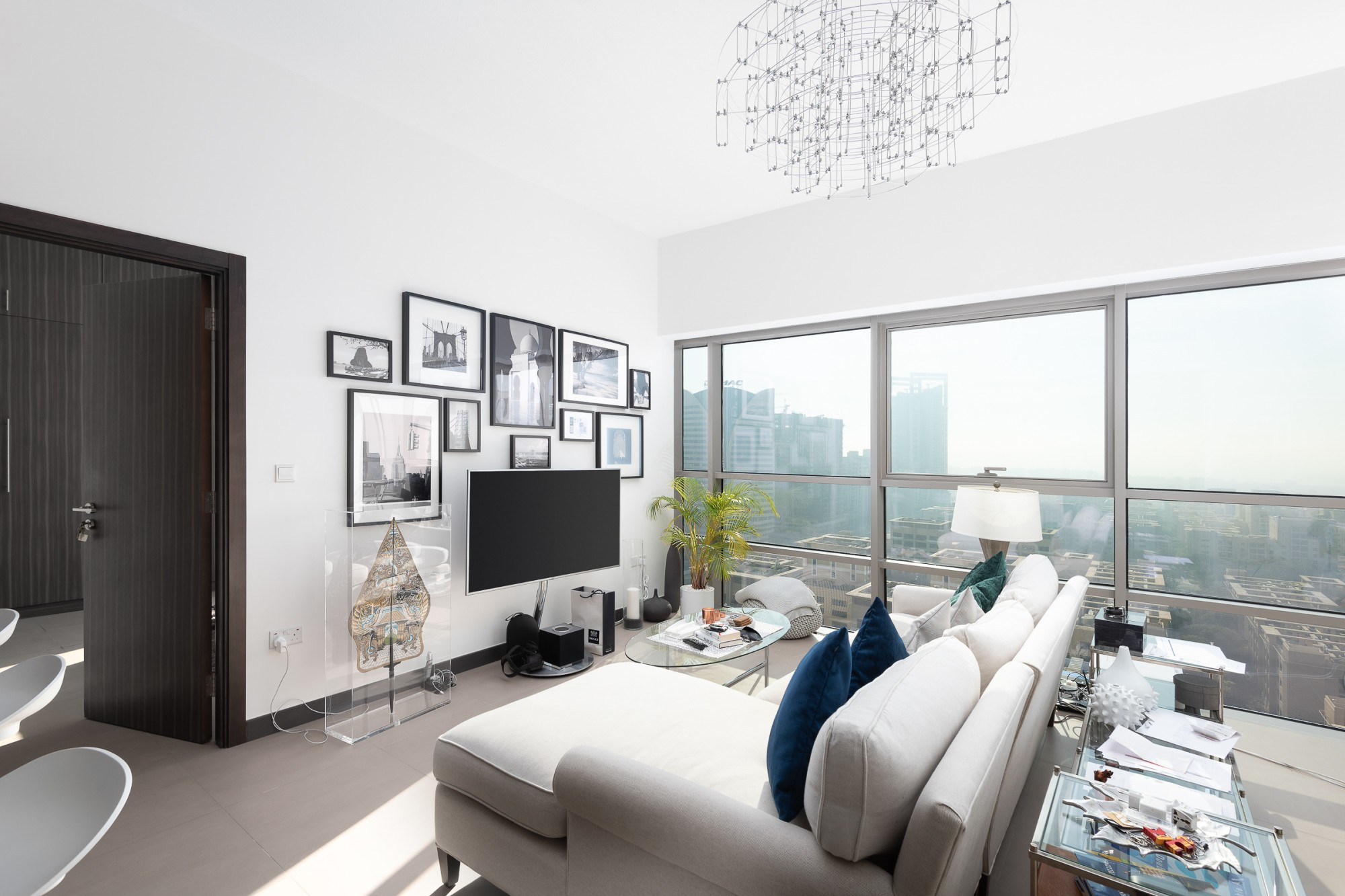 Gorgeous 1 Bedroom Apartment For Sale
