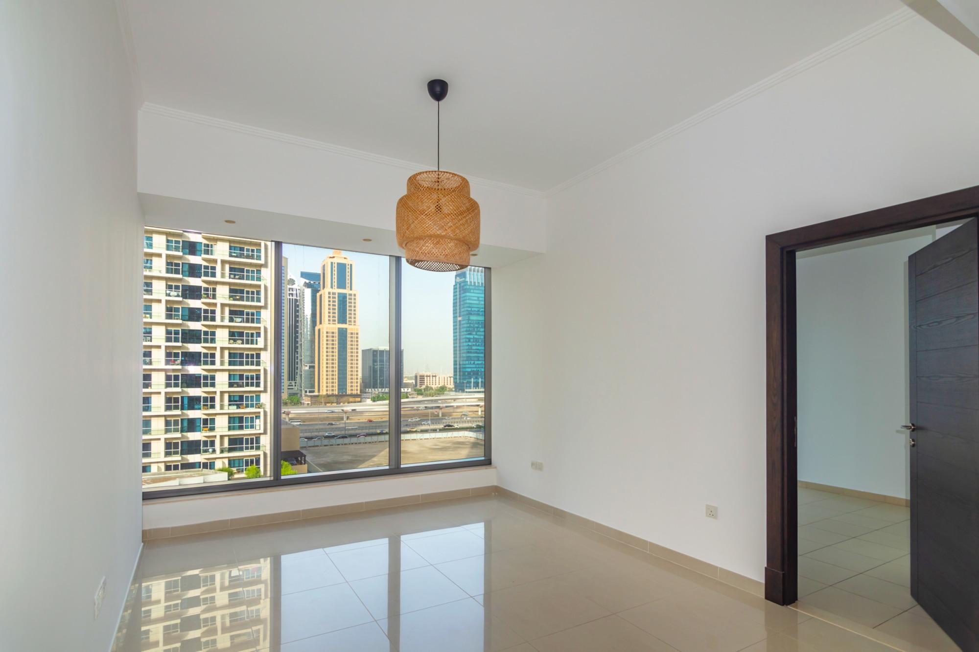 High Quality Building | Marina Mall Spot