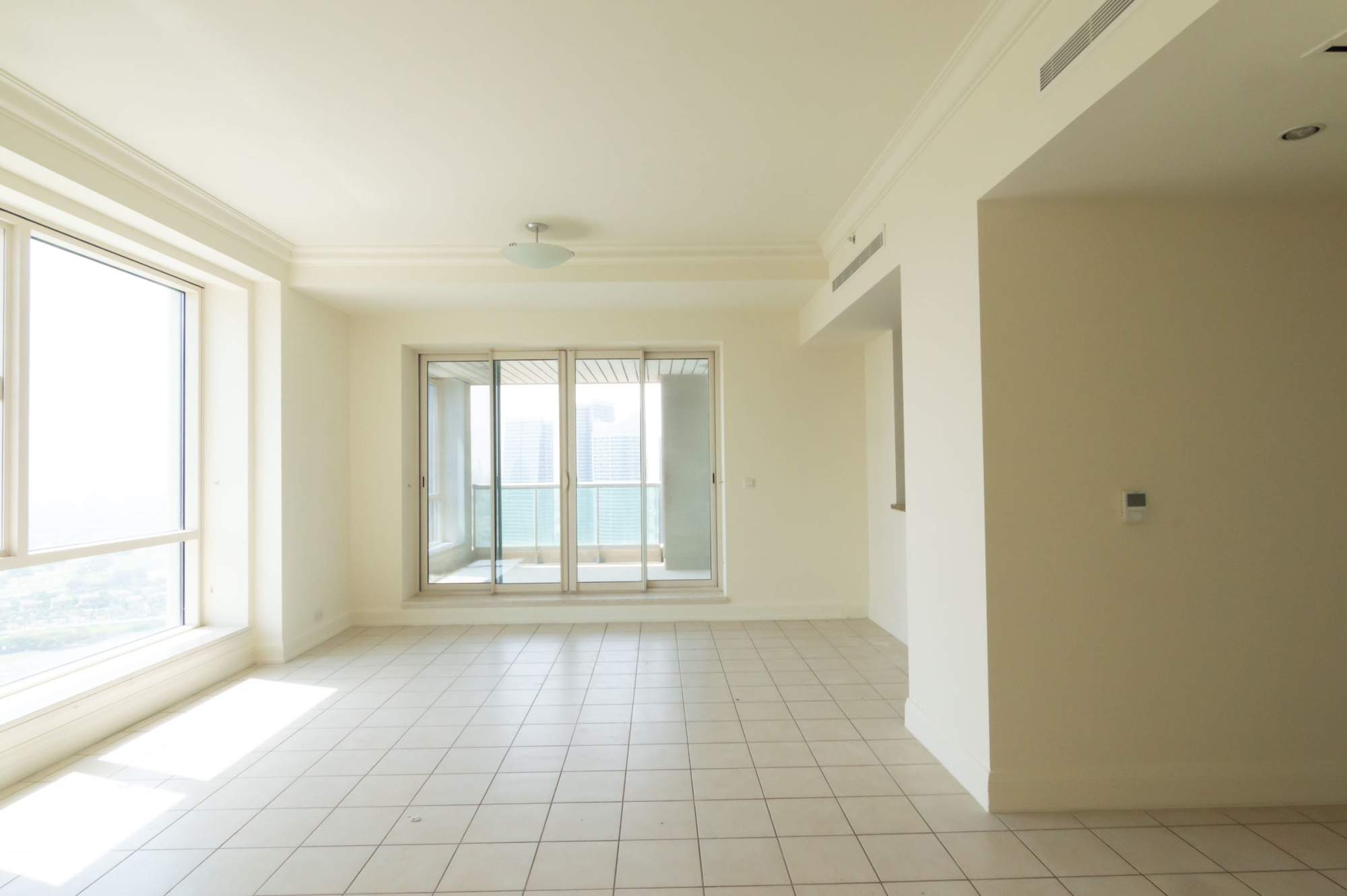 3 bed plus maids room   Partial Marina View