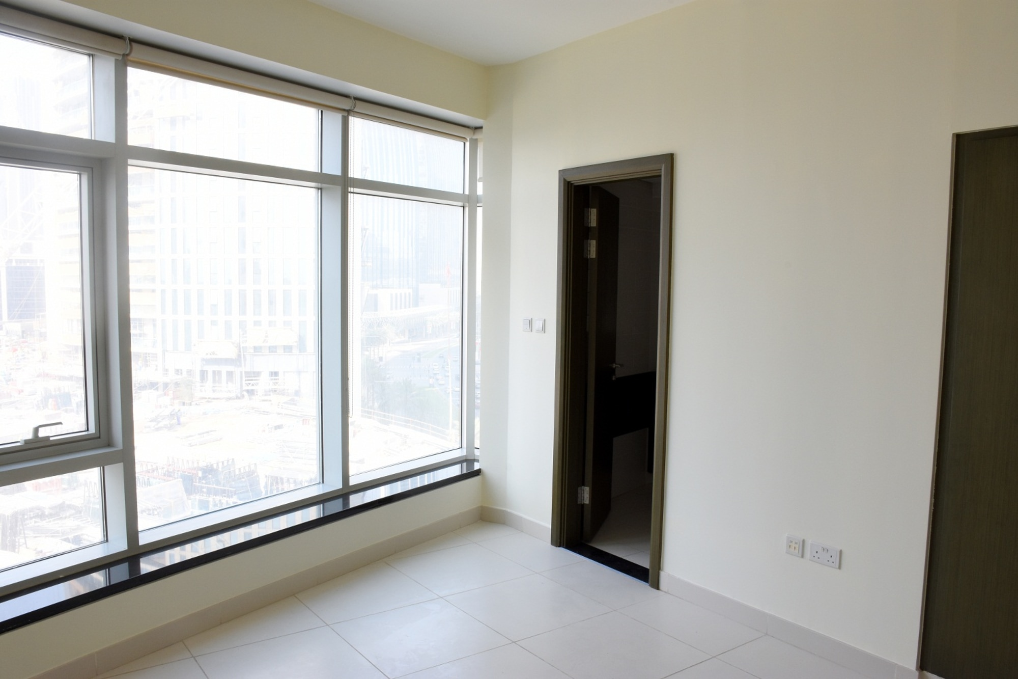 Largest 1 Bedroom | Modern Finishing | SZR View
