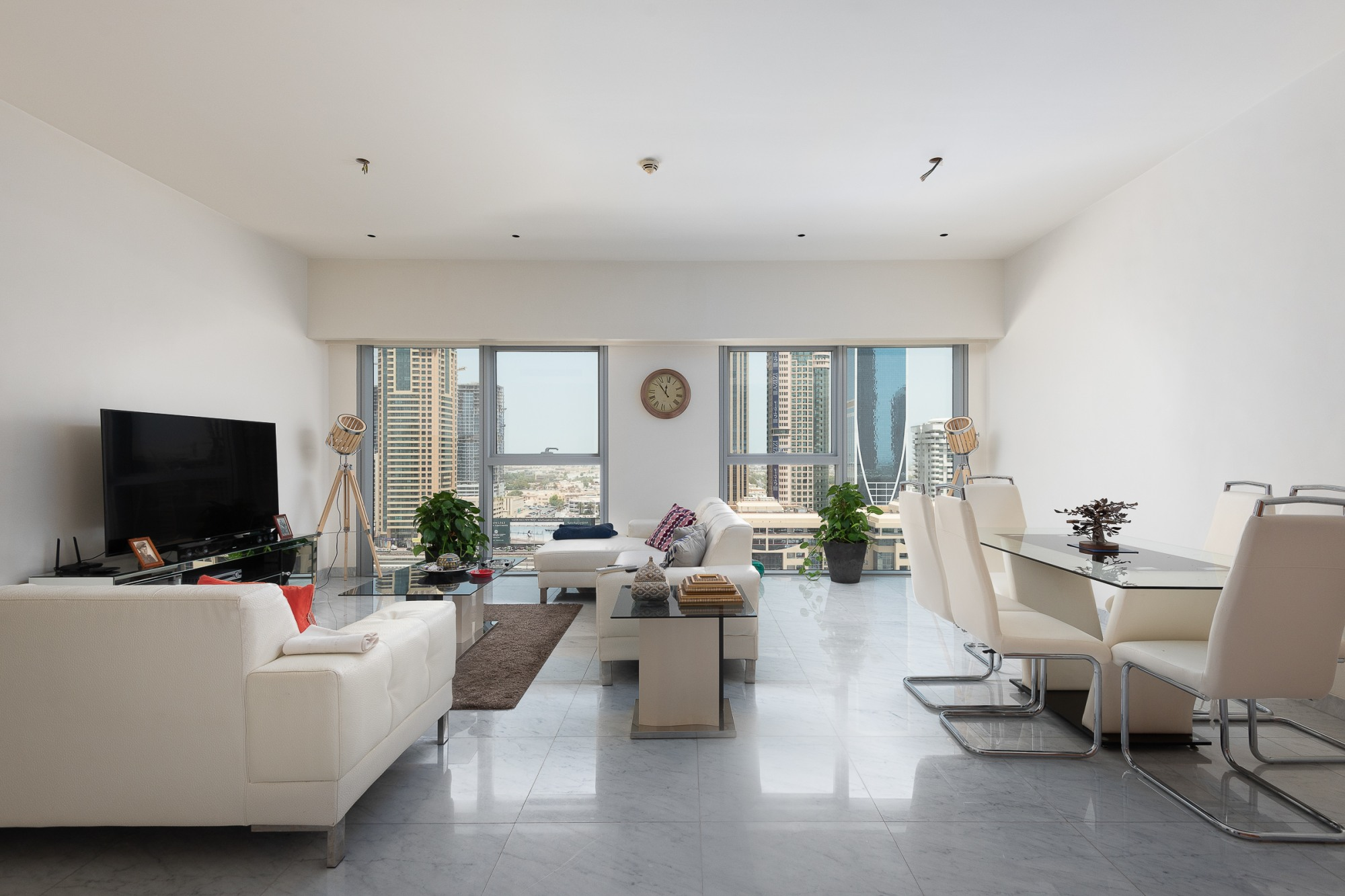Spacious 1BR   Amazing View   Well Maintained