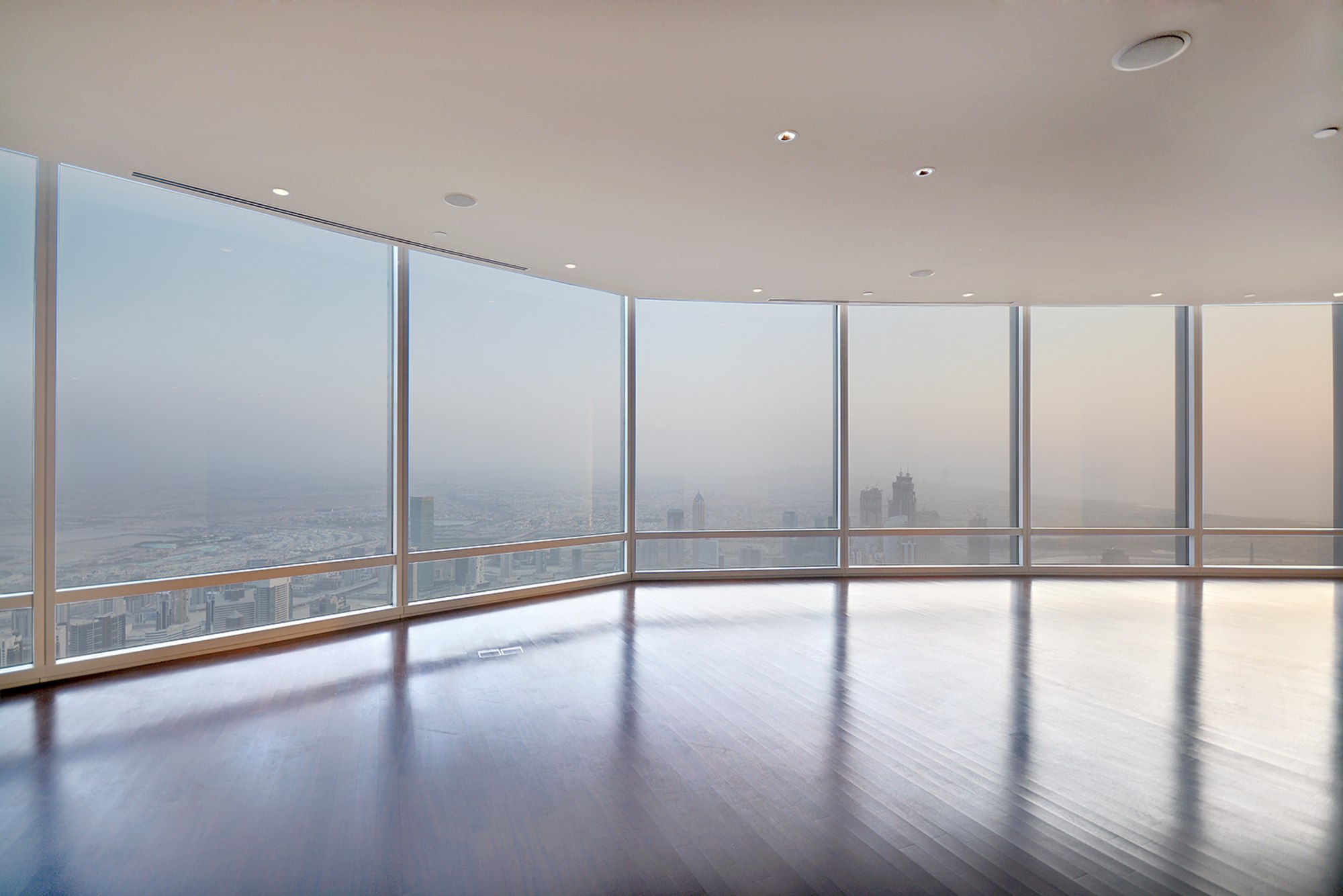 Luxury Penthouse | Panoramic Views | 100+ Floor