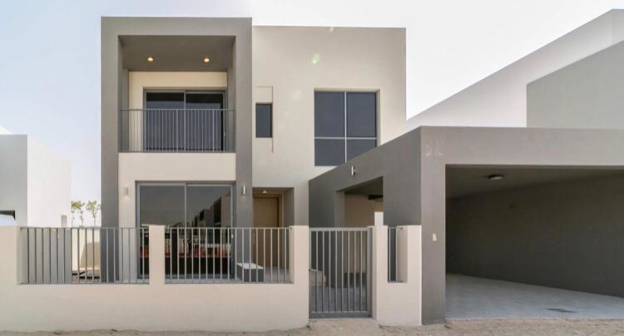Amazing Location Large Plot | Move In Soon