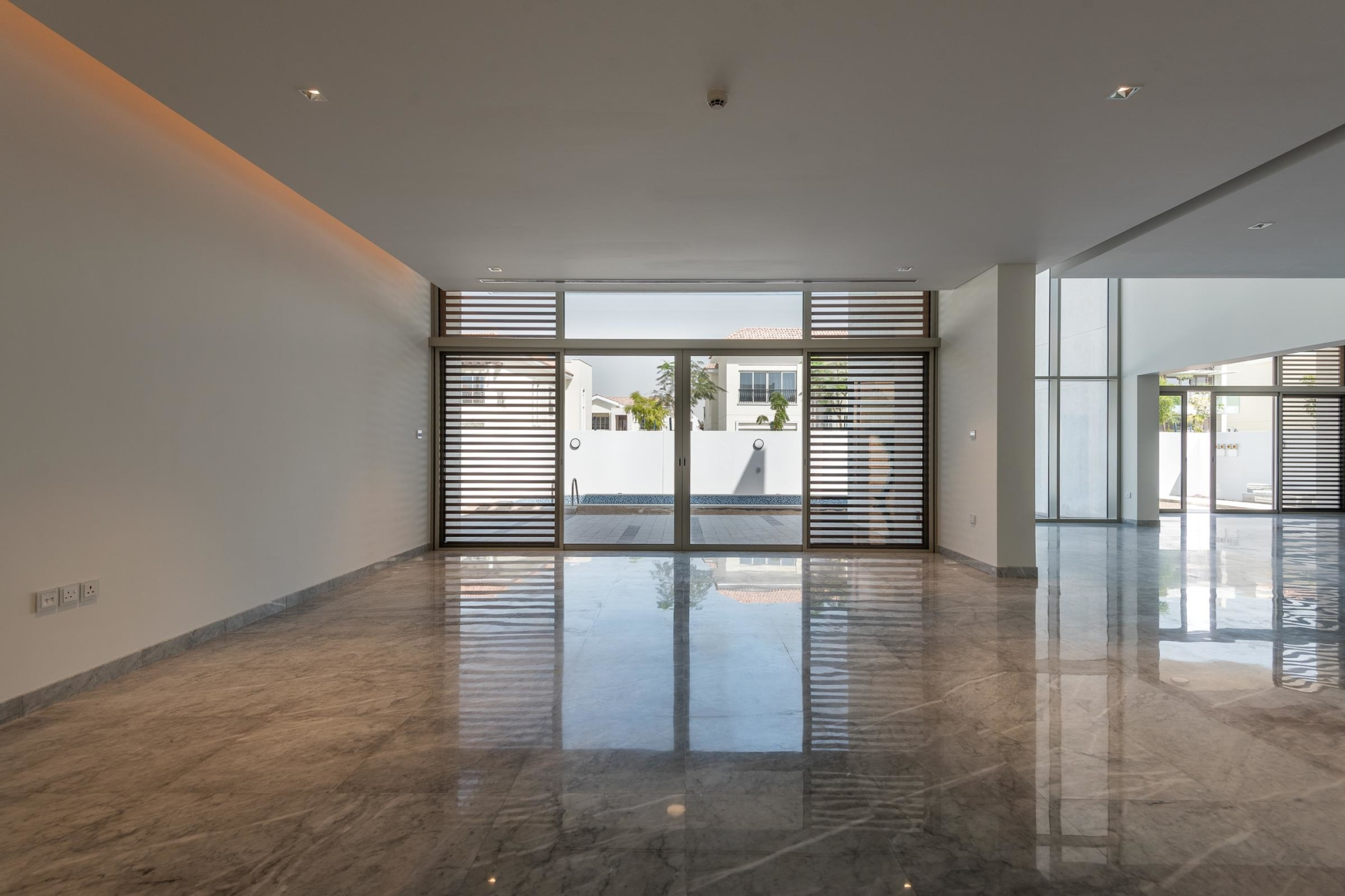 Contemporary Luxury Villa | 4 Beds | District One