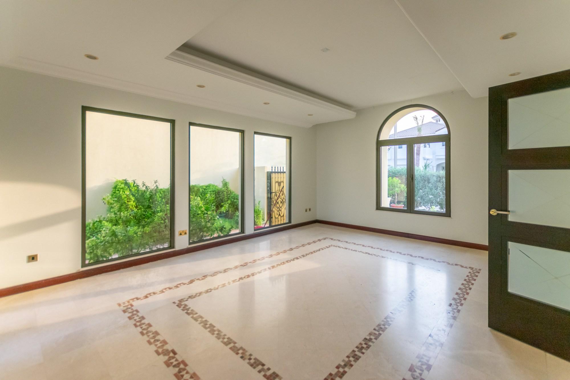 Atrium Entry | 4 Bed Villa | Marina View