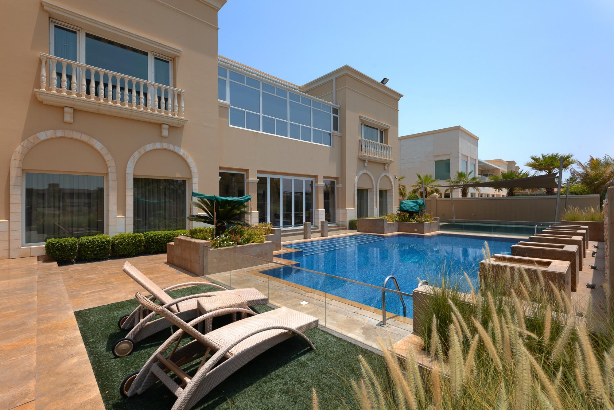 5 Bedroom   Stunning villa   H Sector