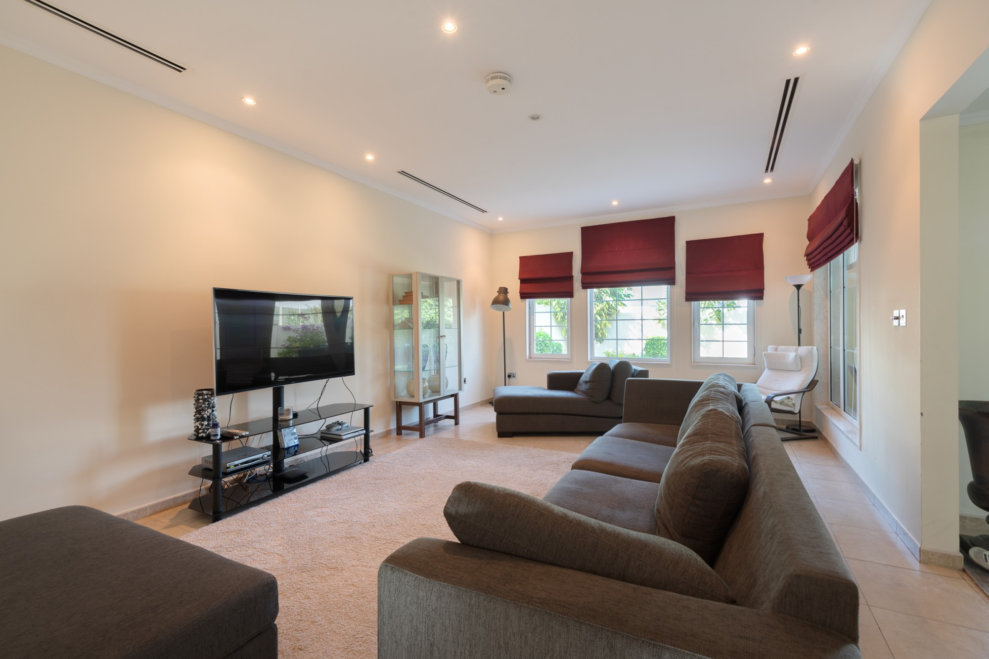 Immaculate 3 Bedroom Legacy | Private Garden