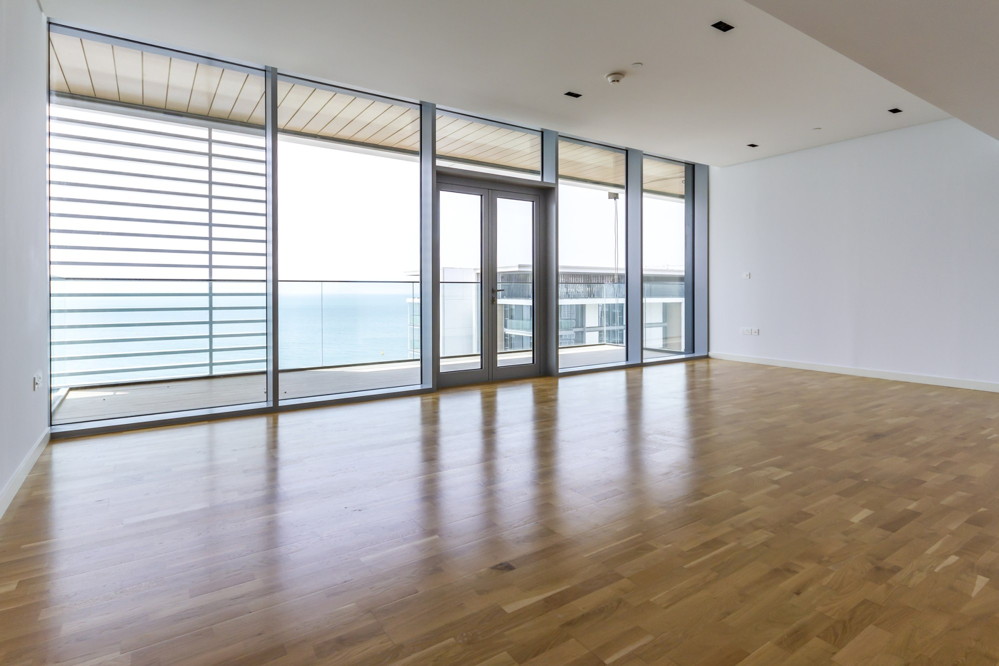 Iconic & Contemporary Layout - Full Sea View