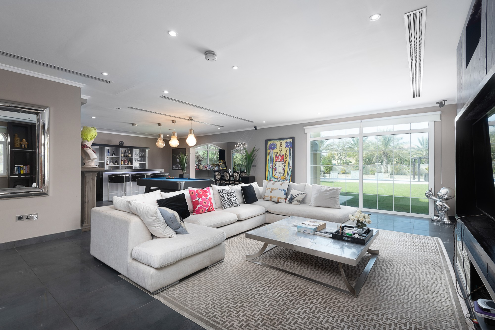 Exclusive Fully Upgraded 4 Bed | Single Row