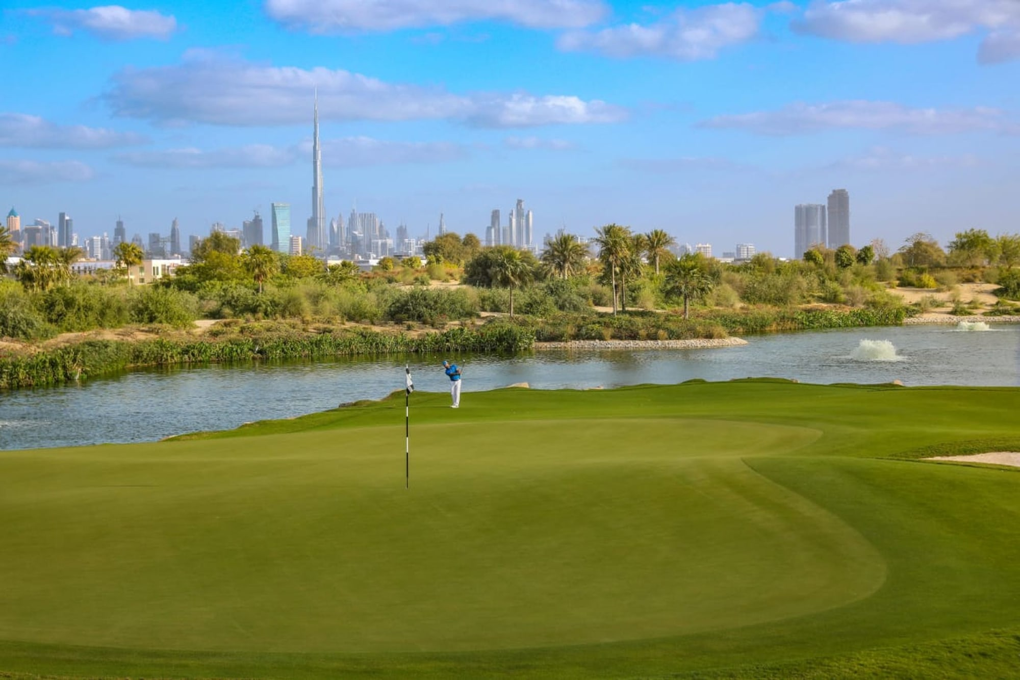 Build Your Dream Home | Large Plot On Golf Course