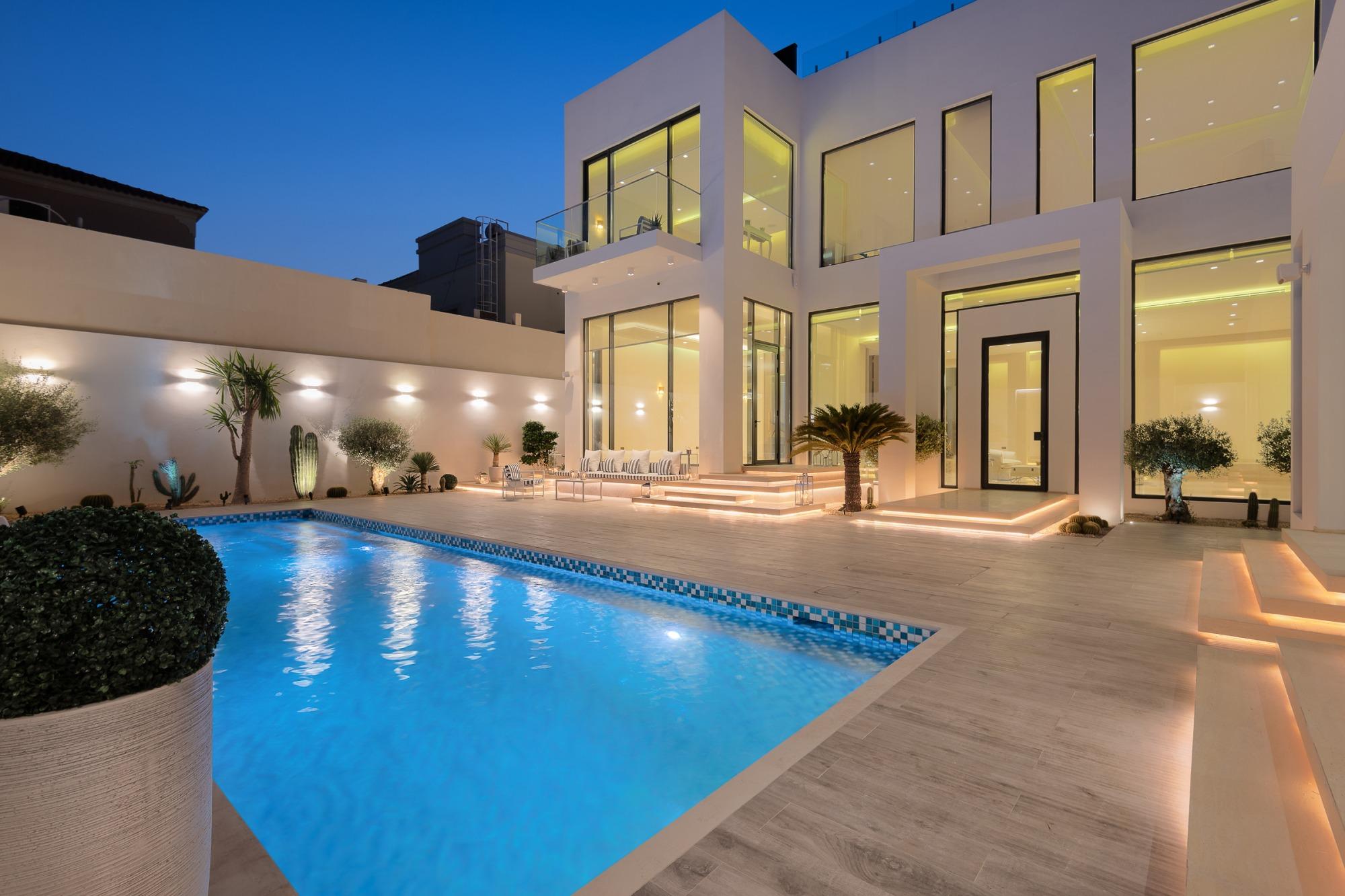 Brand New Contemporary Villa | Kite Beach