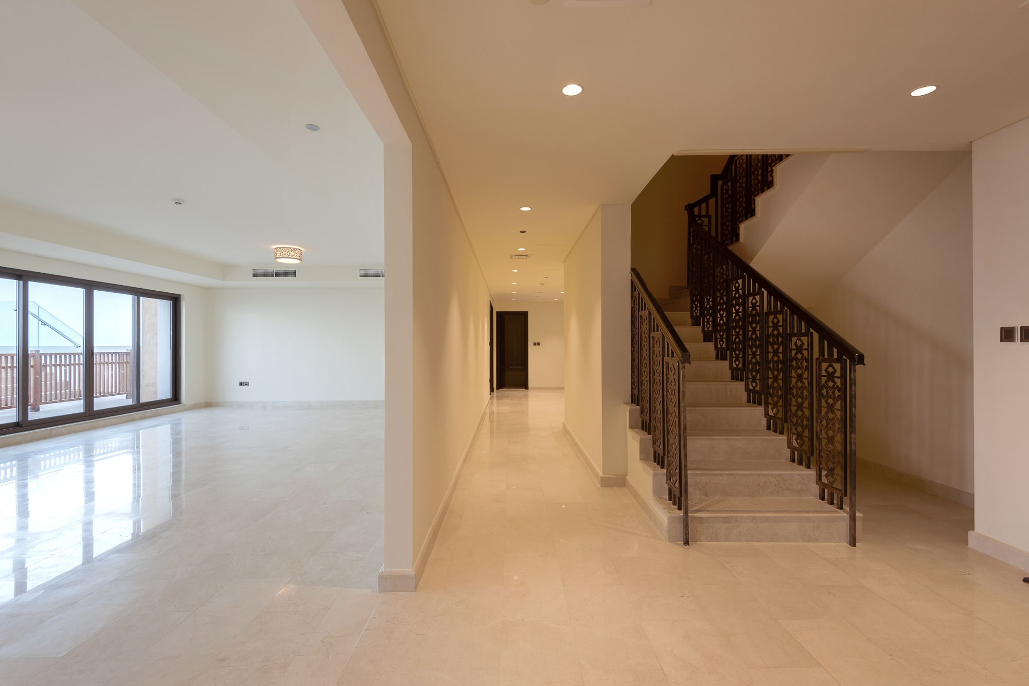 New Luxurious Penthouse in Fantastic Location