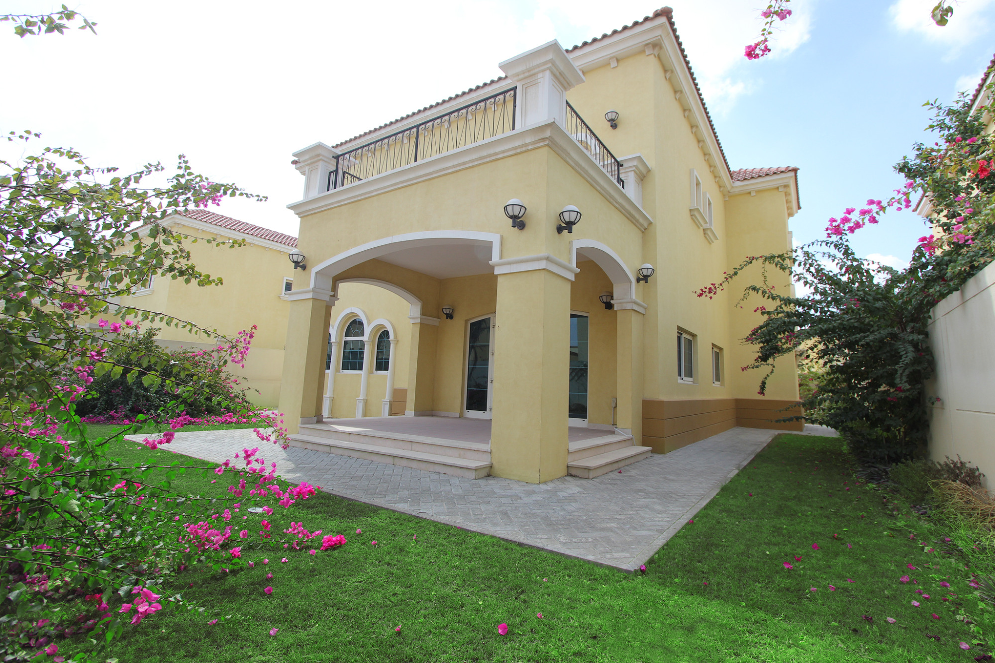 Immaculate 3 Bedroom Large   Private Garden