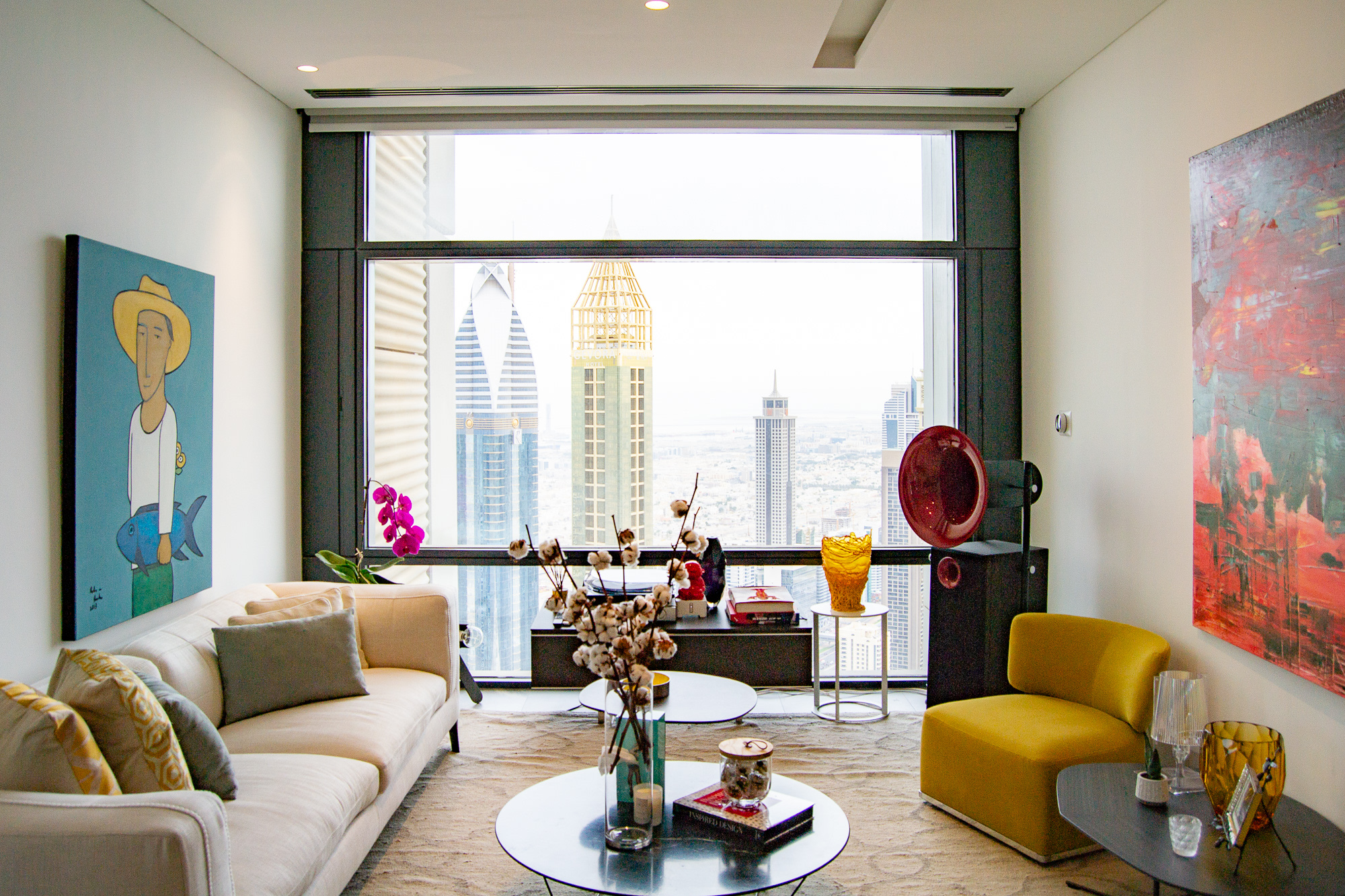 Large 2 Bed   Fully Upgraded   Burj & Sea View