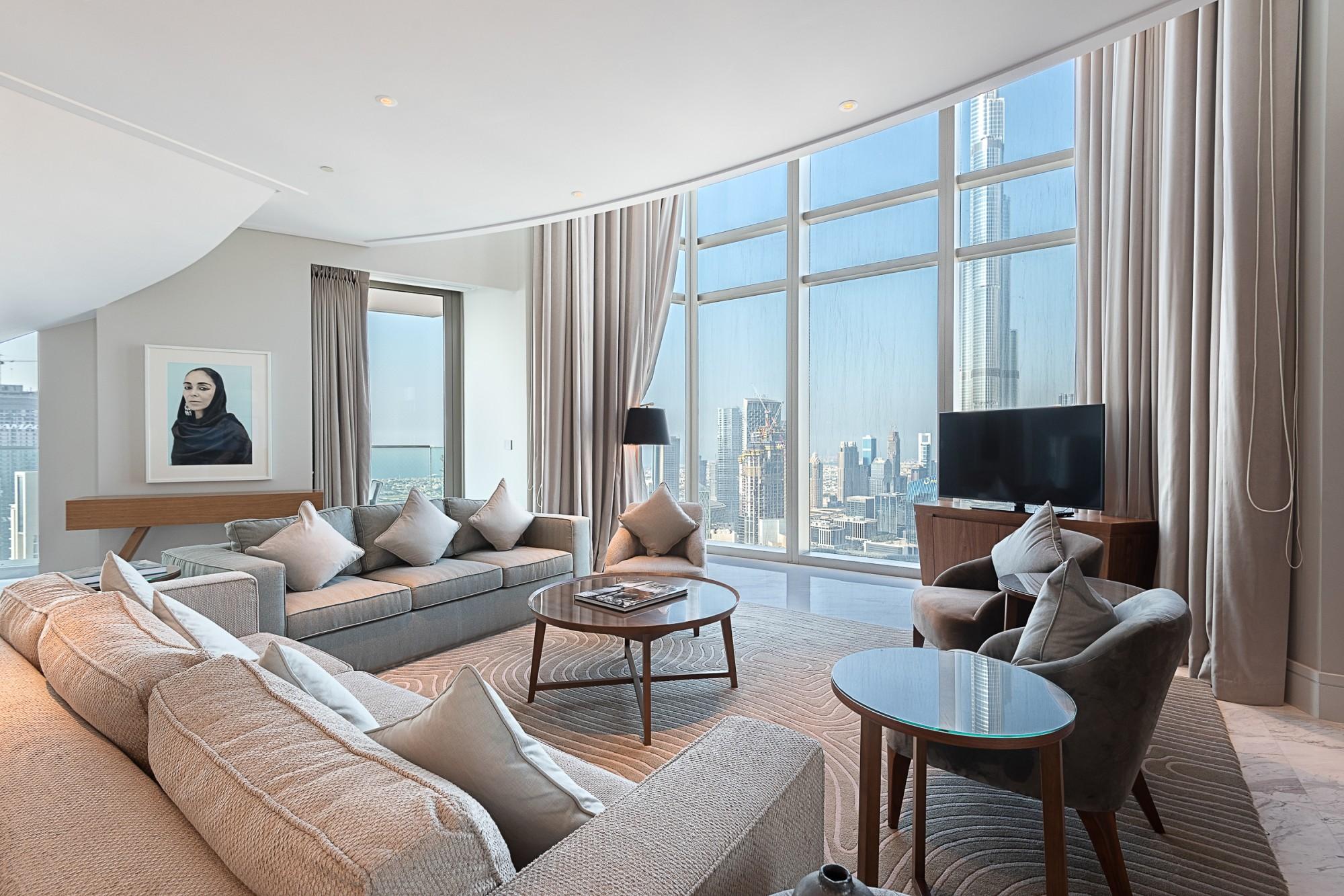 Stunning 4 Bedrooms Penthouse Vida Residences