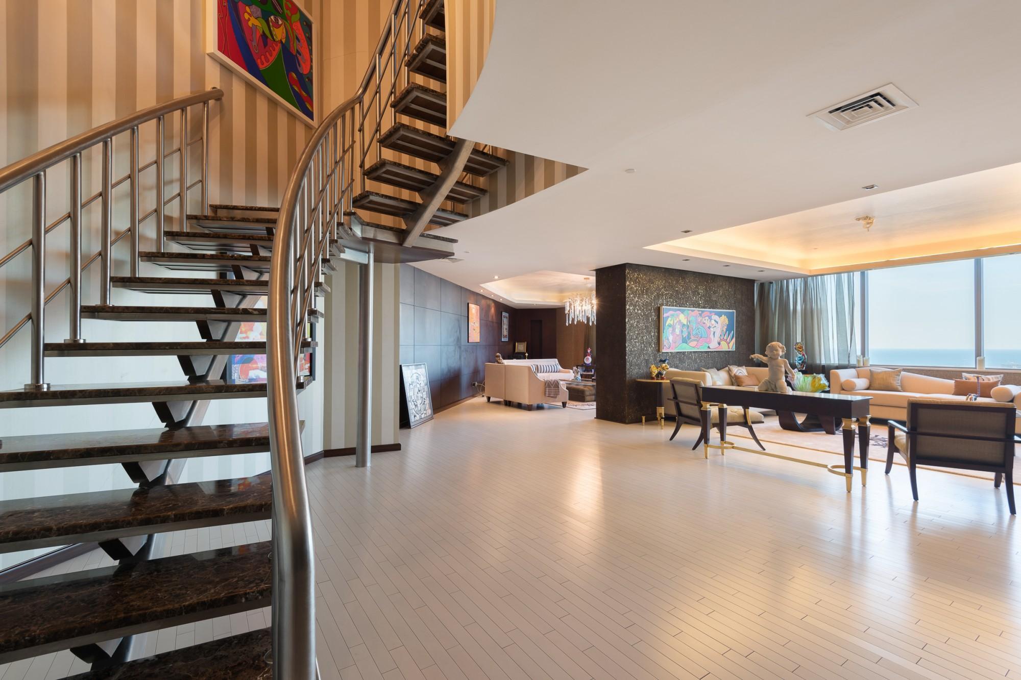 3BR Penthouse | Maximum Privacy & Comfort