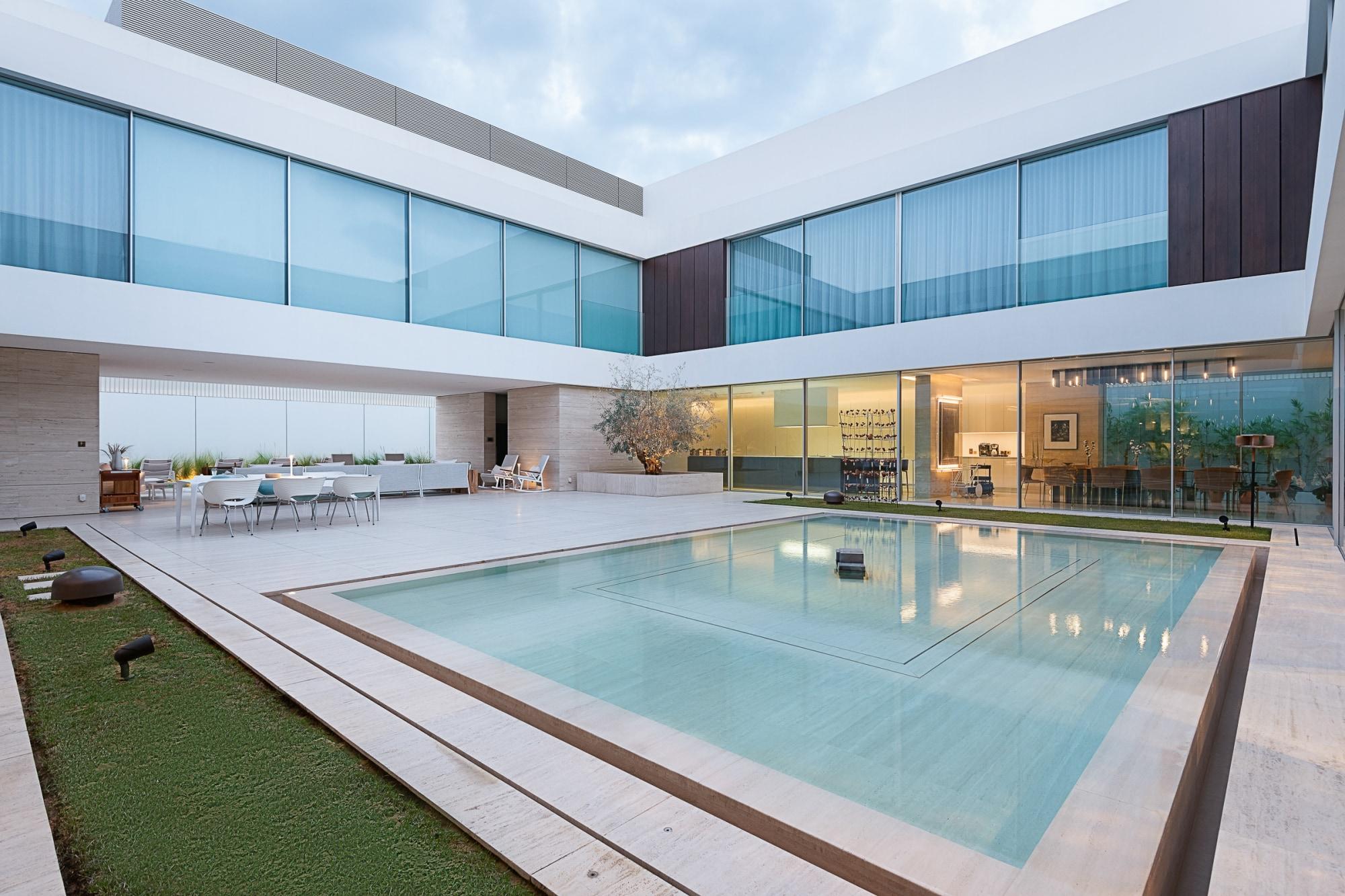 Atrio Contemporary Villa - Jumeirah 3