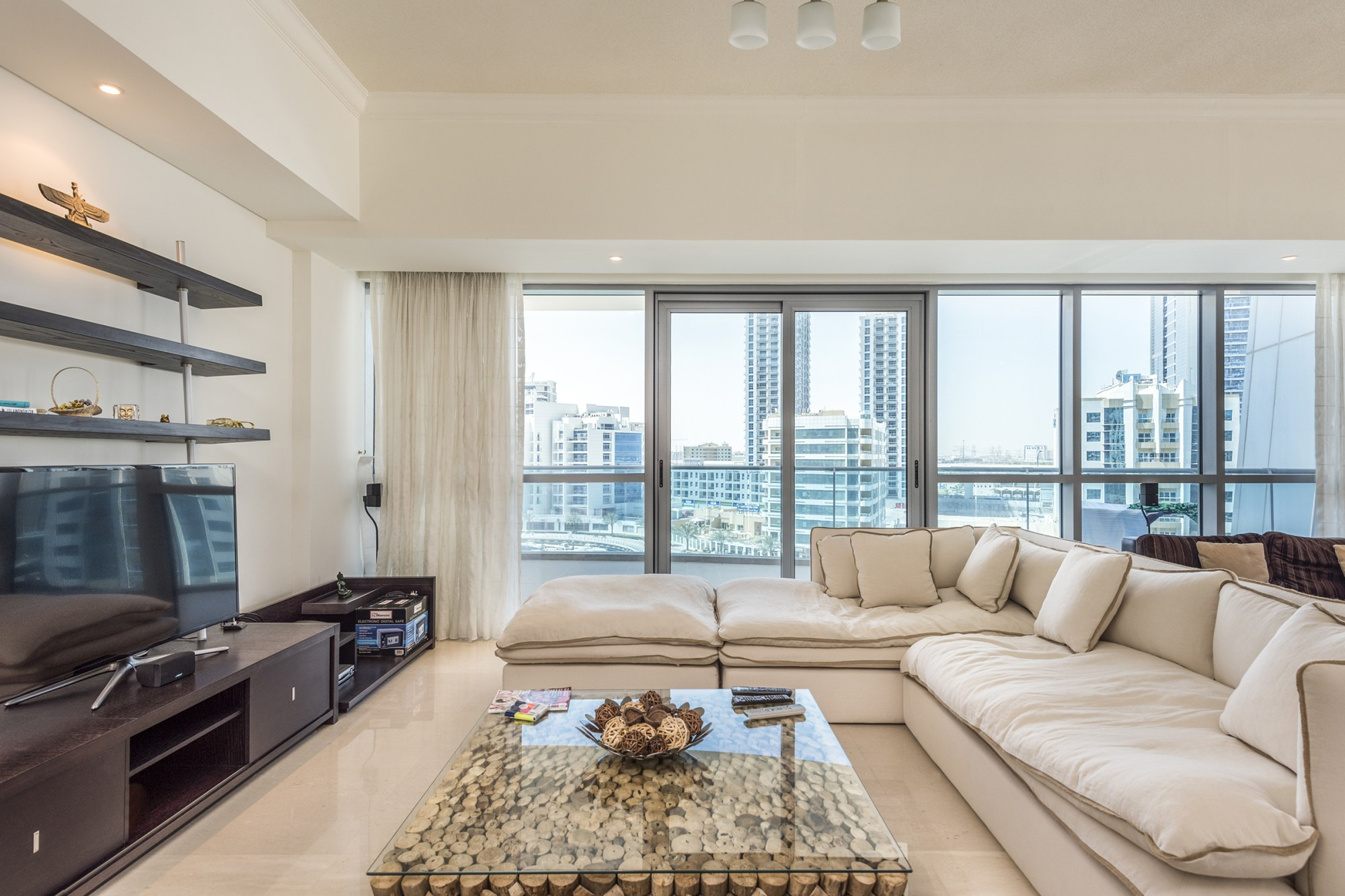 Stunning Two Bedrooms | Marina View | The Jewels