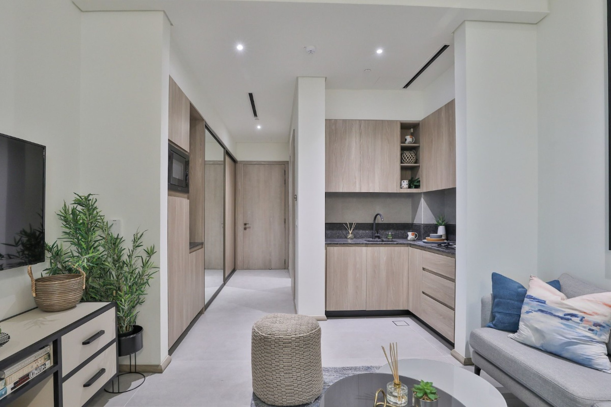 Solar-Powered Apartment  Fully Furnished  High ROI