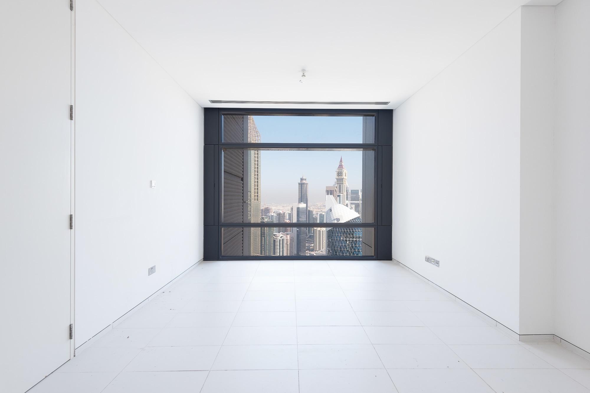 Large 1BR | Stunning View | Prestigious Location