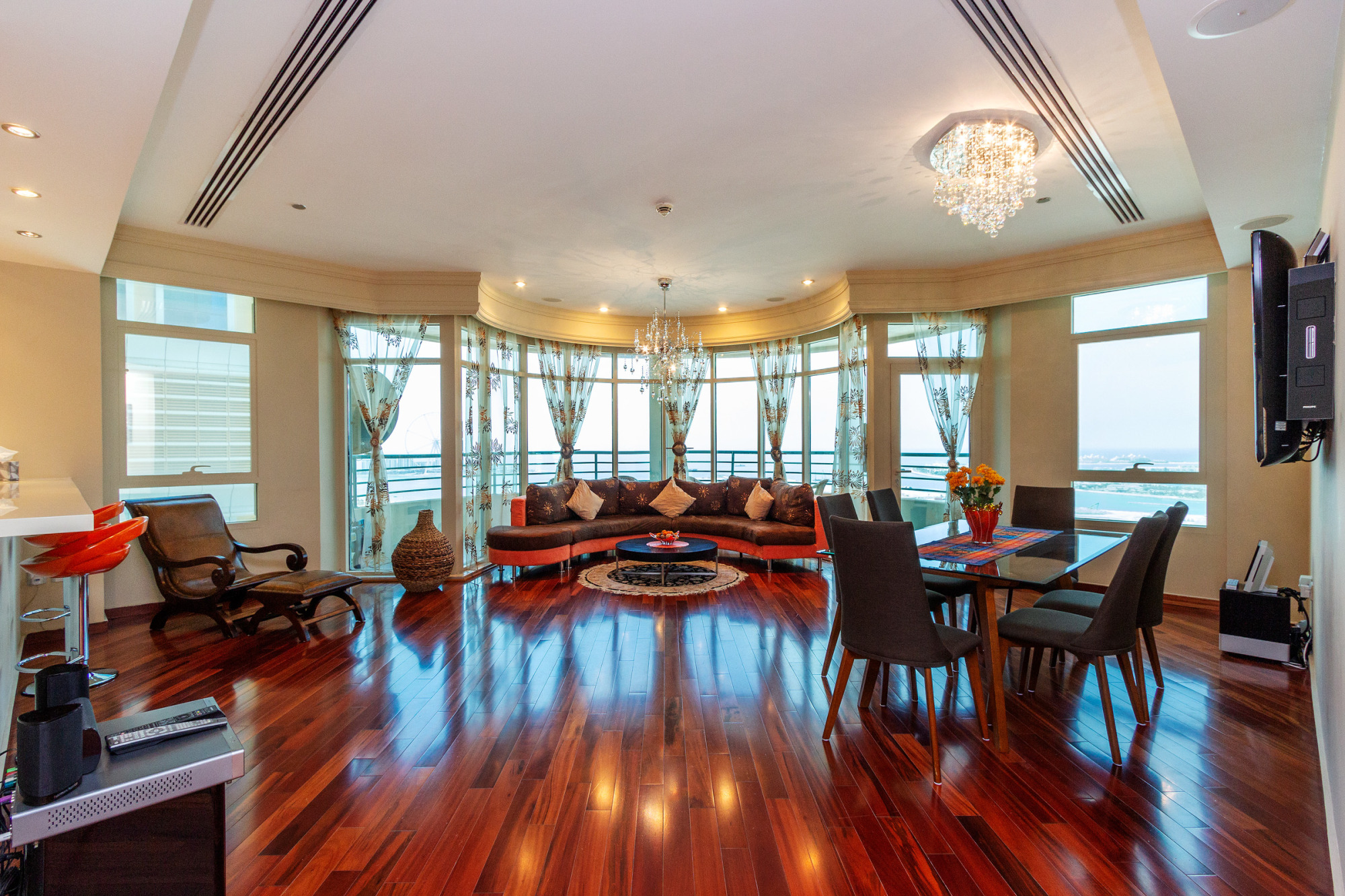 Upgraded | Full Sea View | Vacant unit