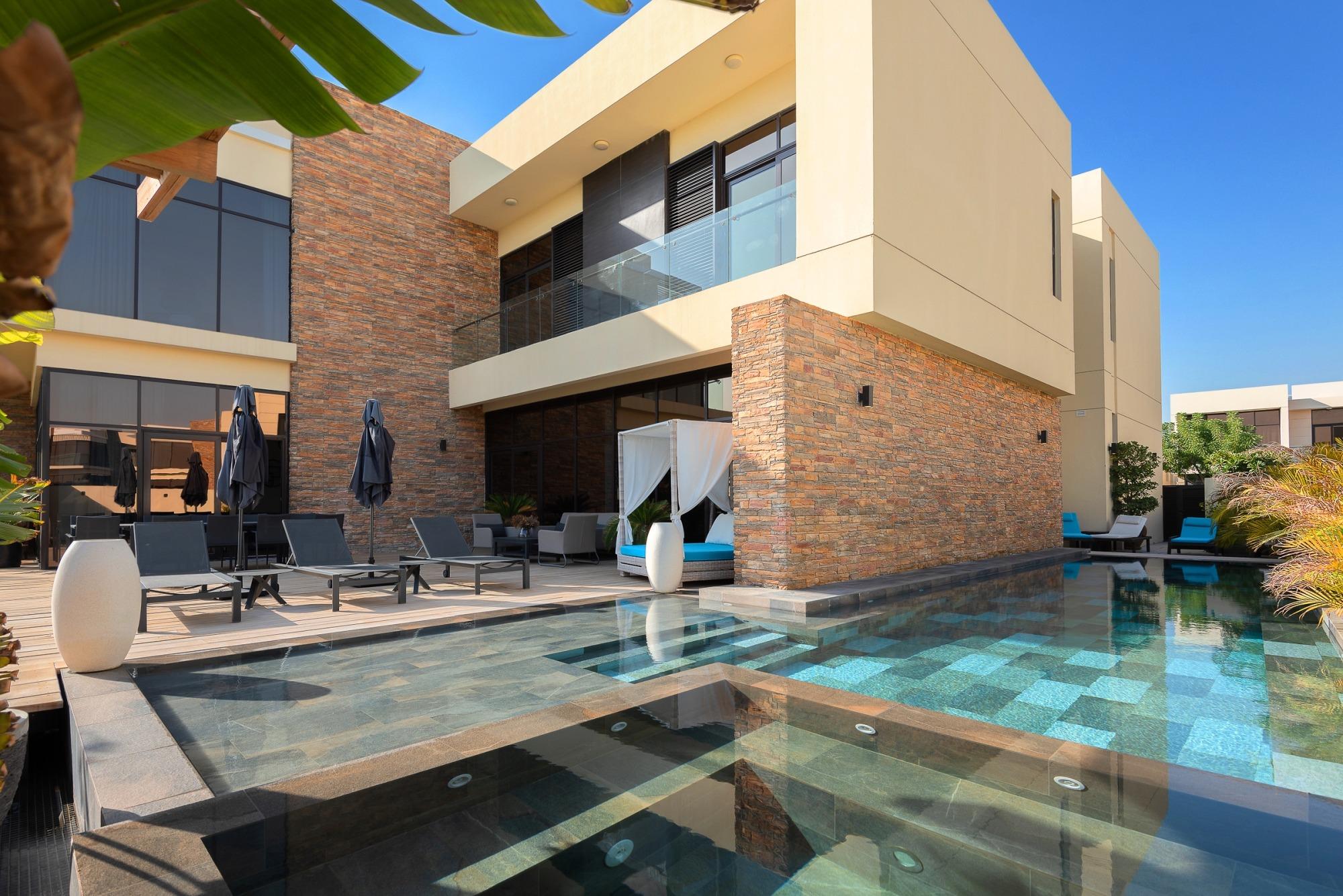Exclusive | Renovated Damac Hills | 6BR Villa