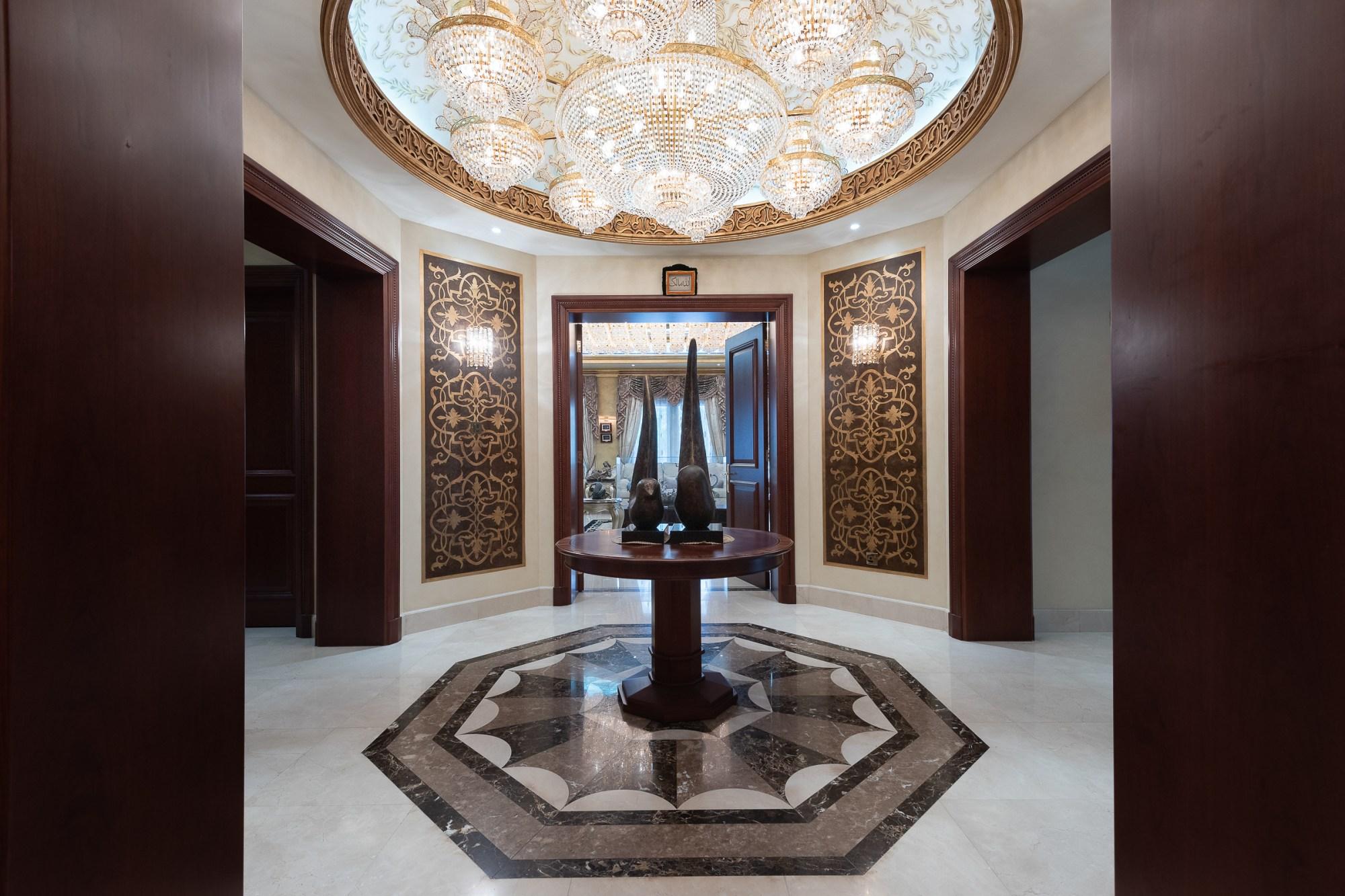 Beautiful 8 Bedroom Emirates Hills Villa