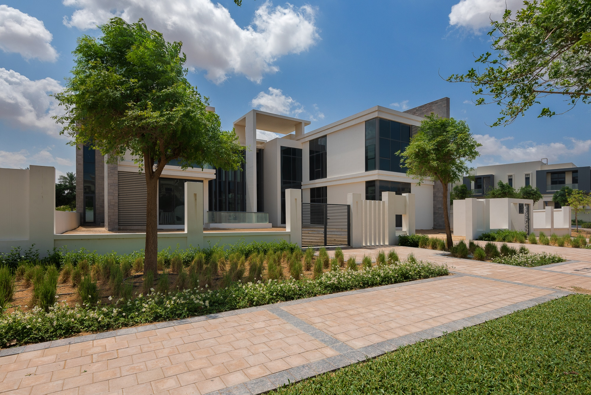 Exclusive | Luxurious Mansion | Prime Location