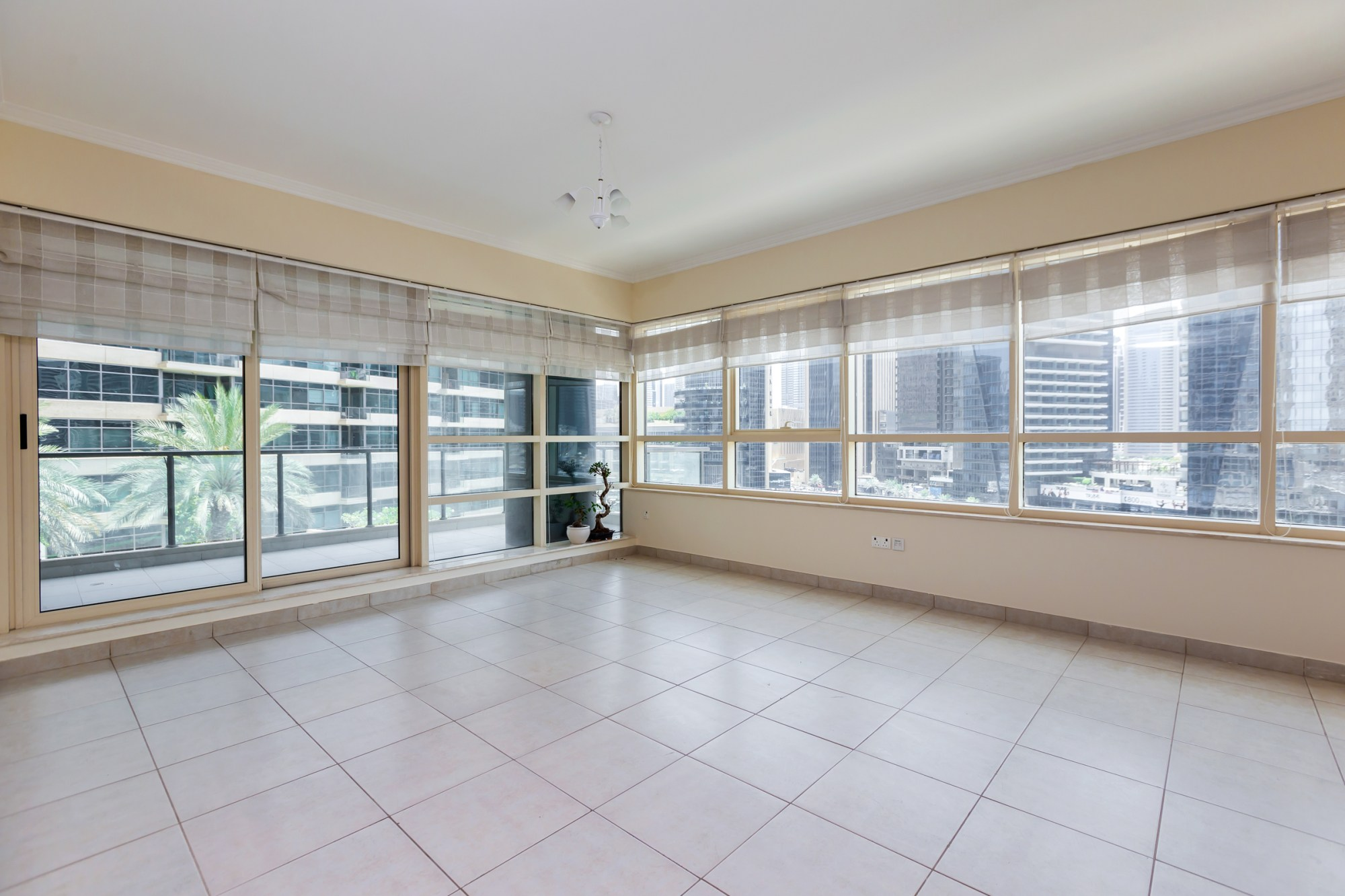 Exclusive| Two Bed|Marina Quays| Full Water View