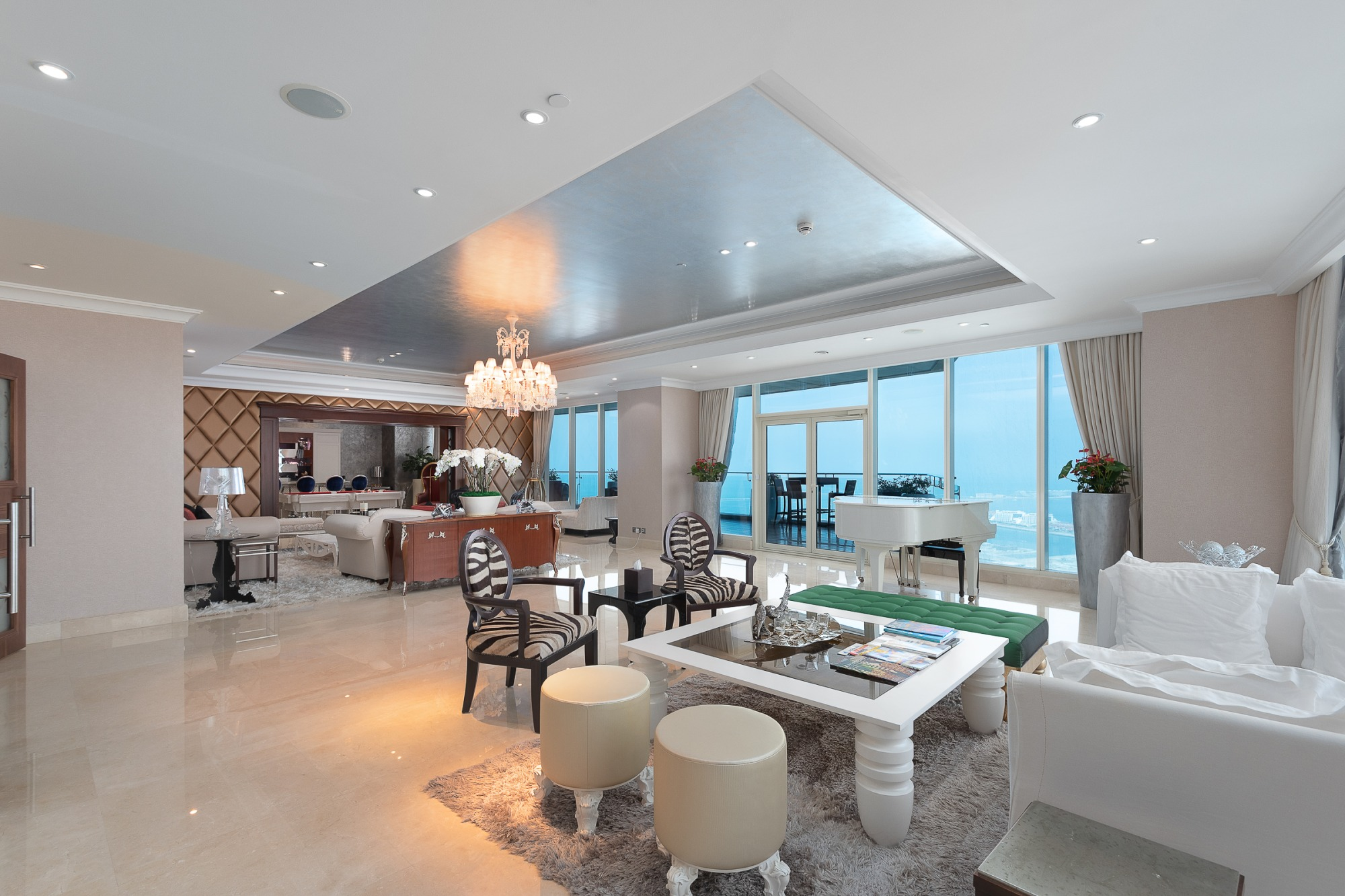 Ultra Modern Full Floor Magnificent Penthouse