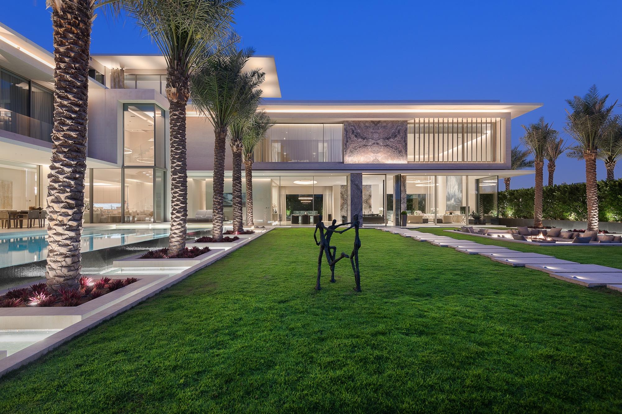 State of the art villa in Umm Al Sheif