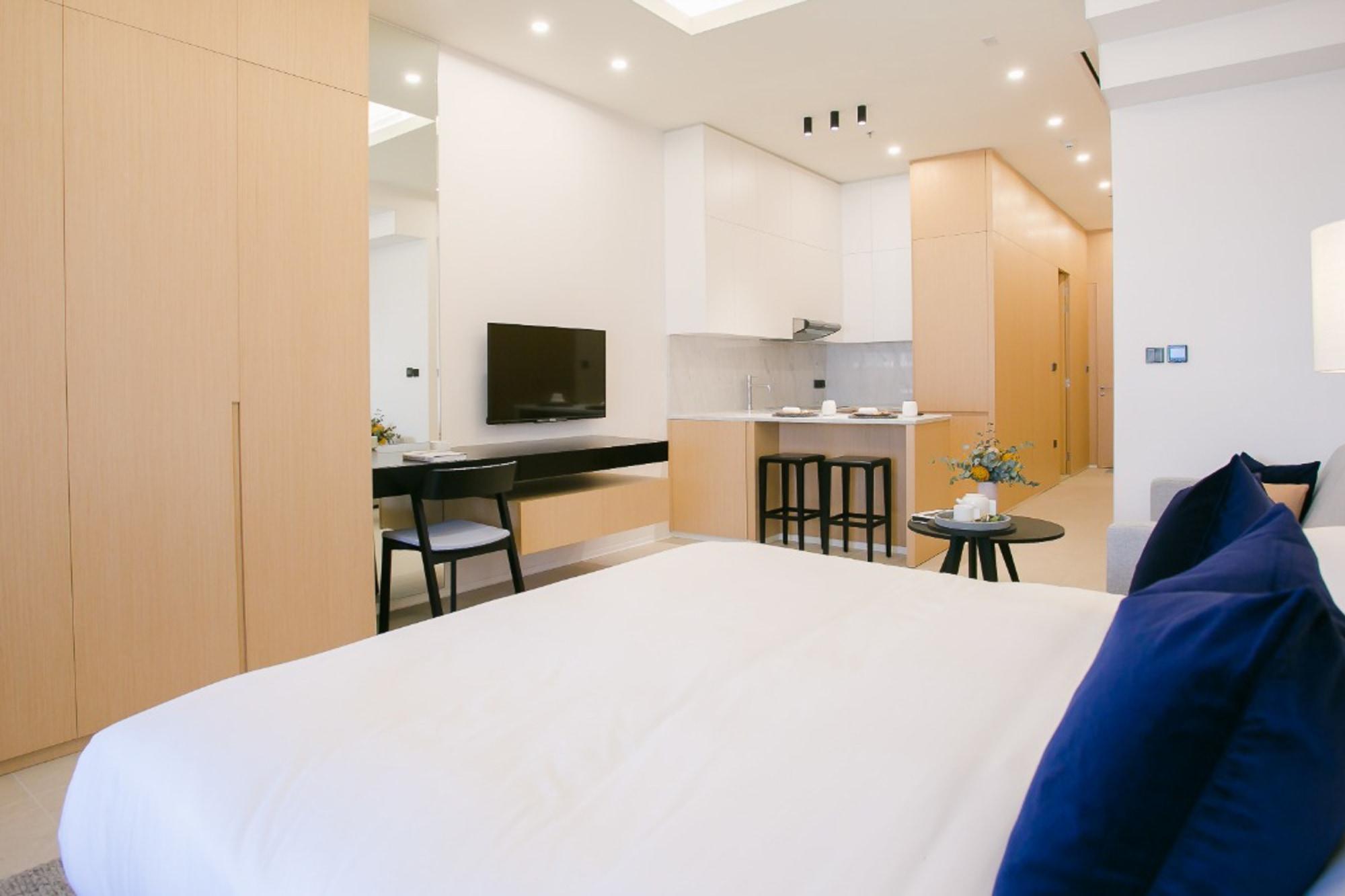 Fully Furnished   5-Star Living   Studio   Rent