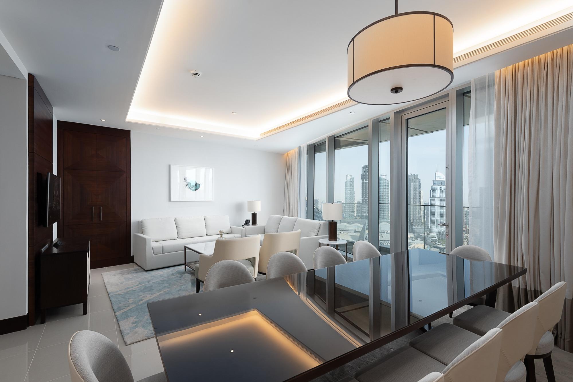 Exquisite Four Bedrooms Address Skyviews