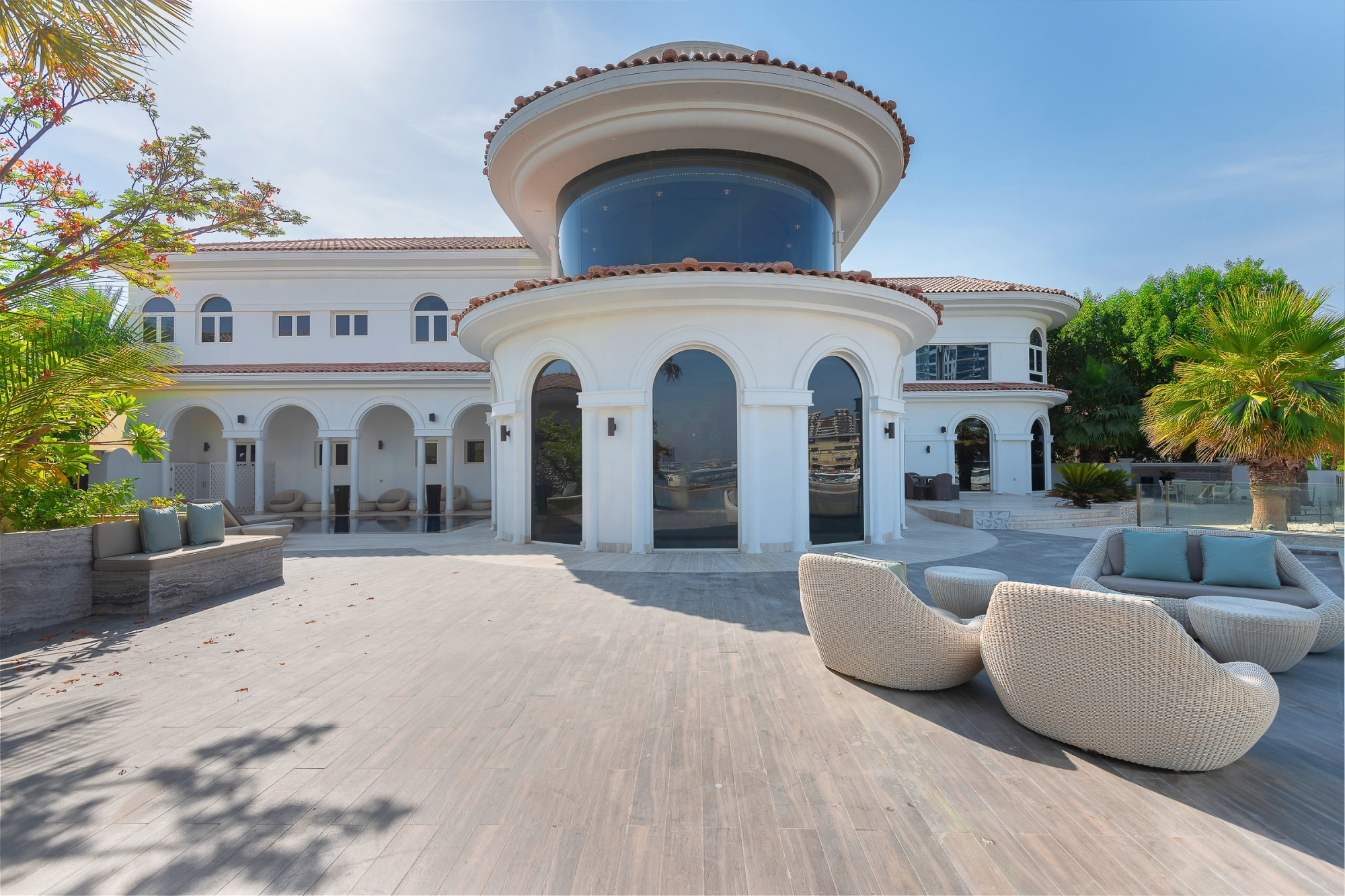 Renovated Furnished Villa Marina Skyline