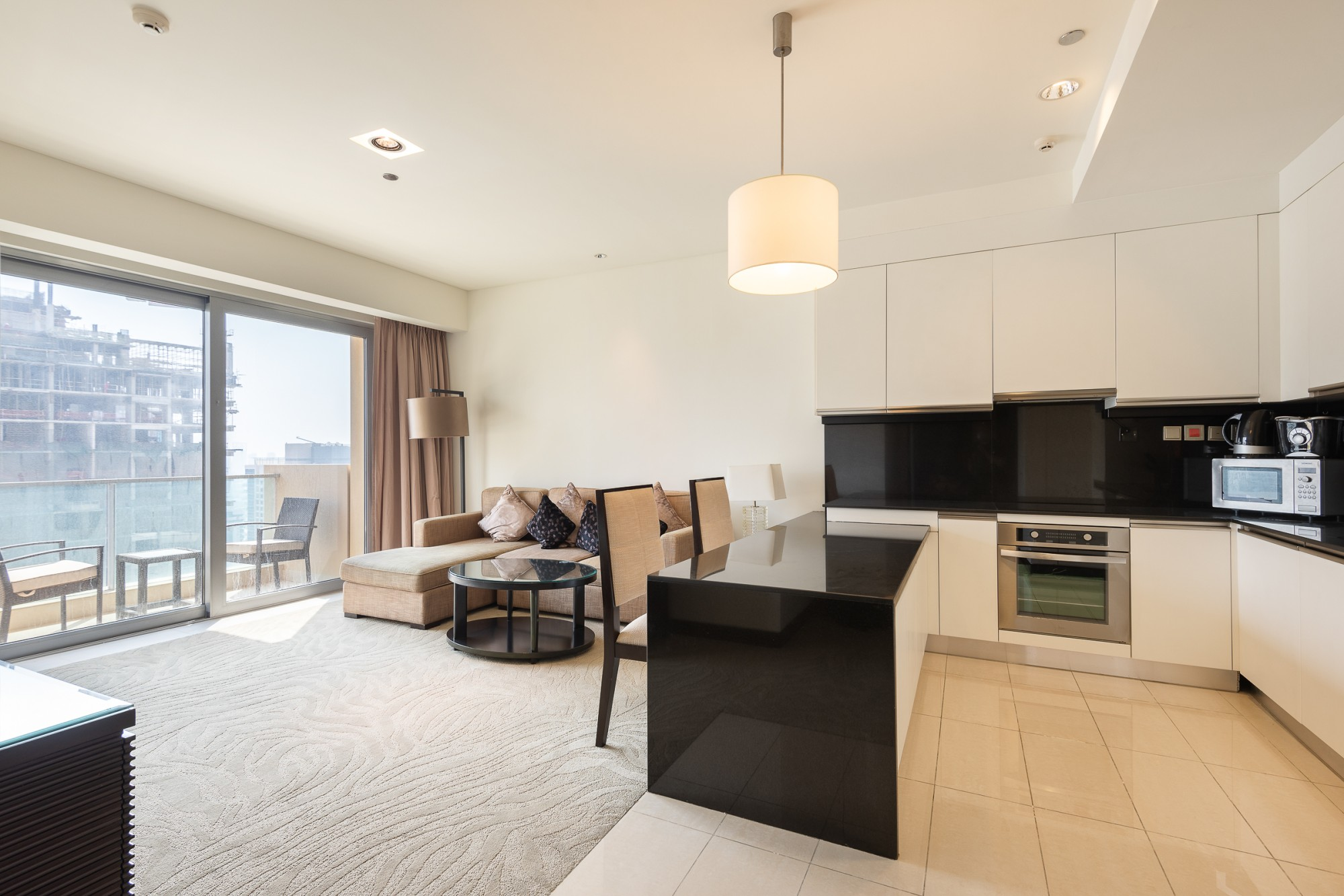 Luxury Living|Prime Location| Furnished One Bed