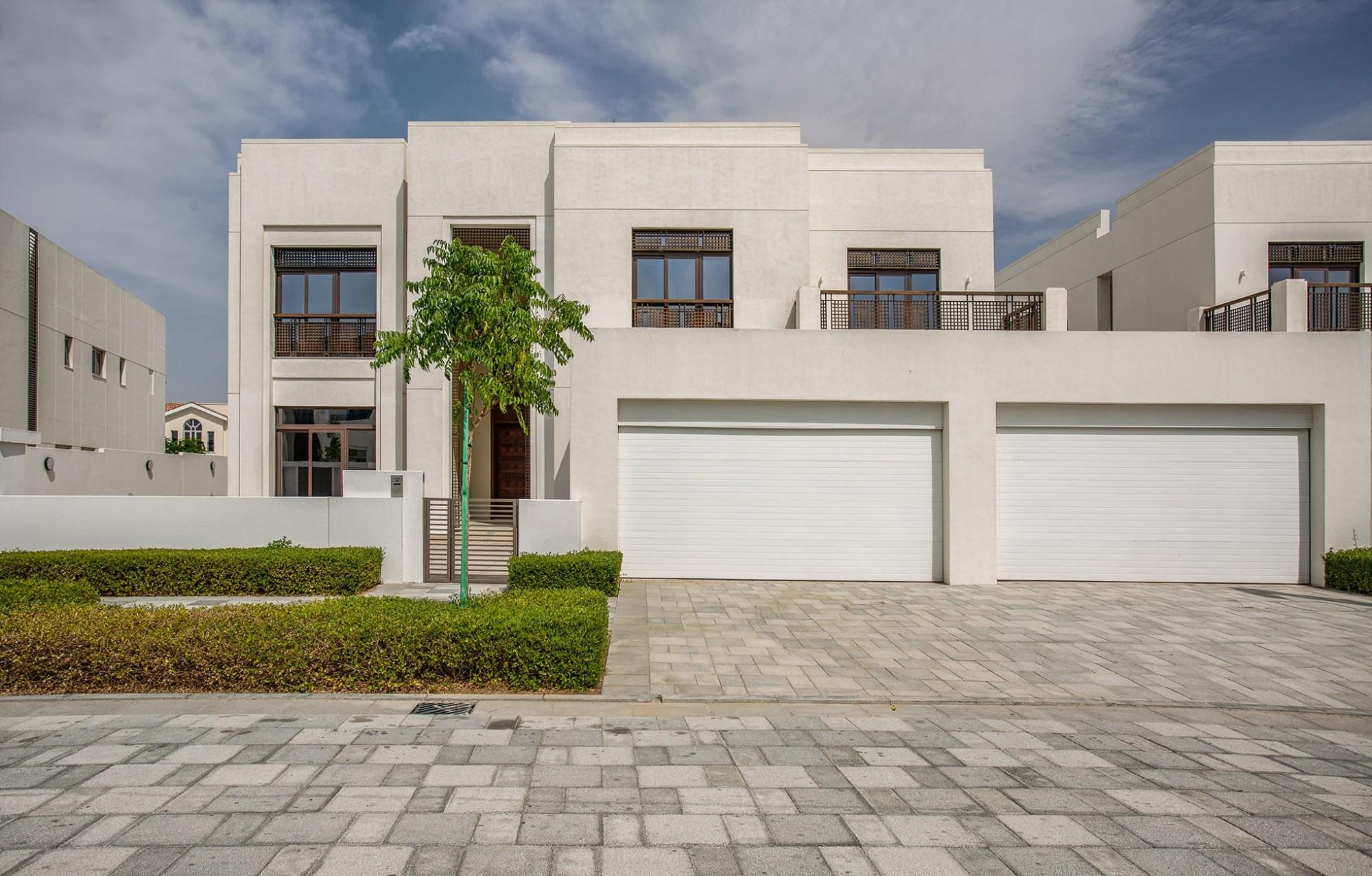 Modern Arabic - 6 Bed Ready Villa in District One