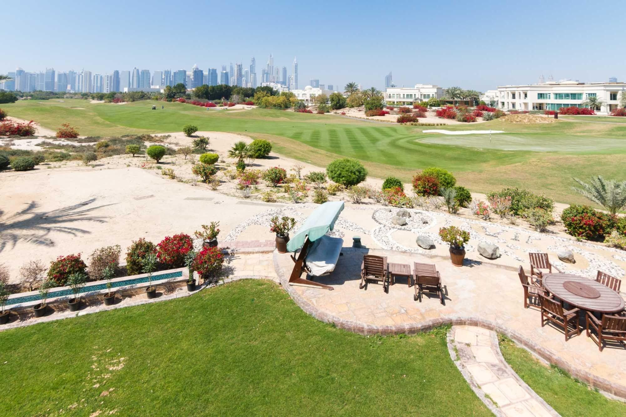 New to market villa in Emirates Hills