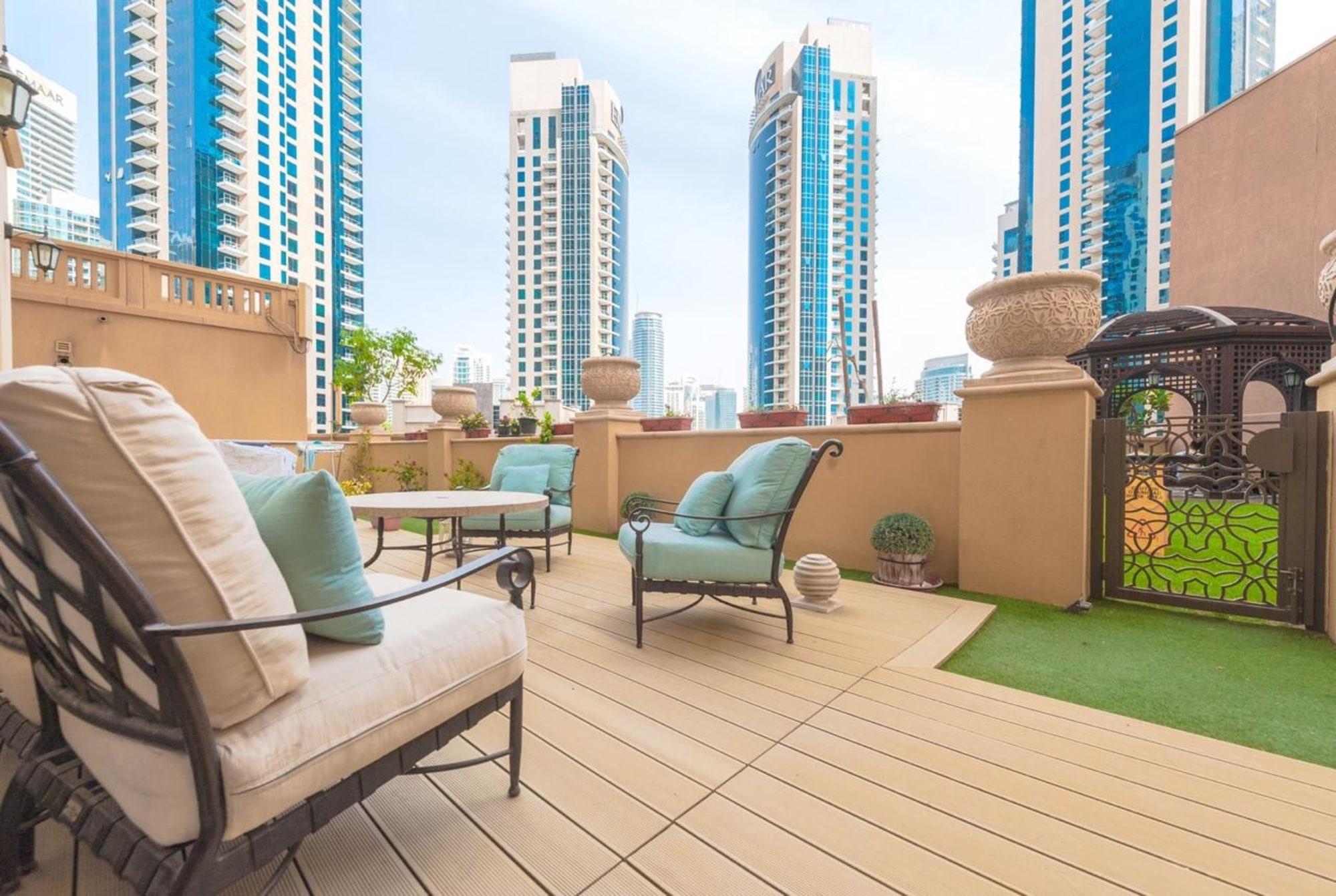 Large terrace fully upgraded duplex