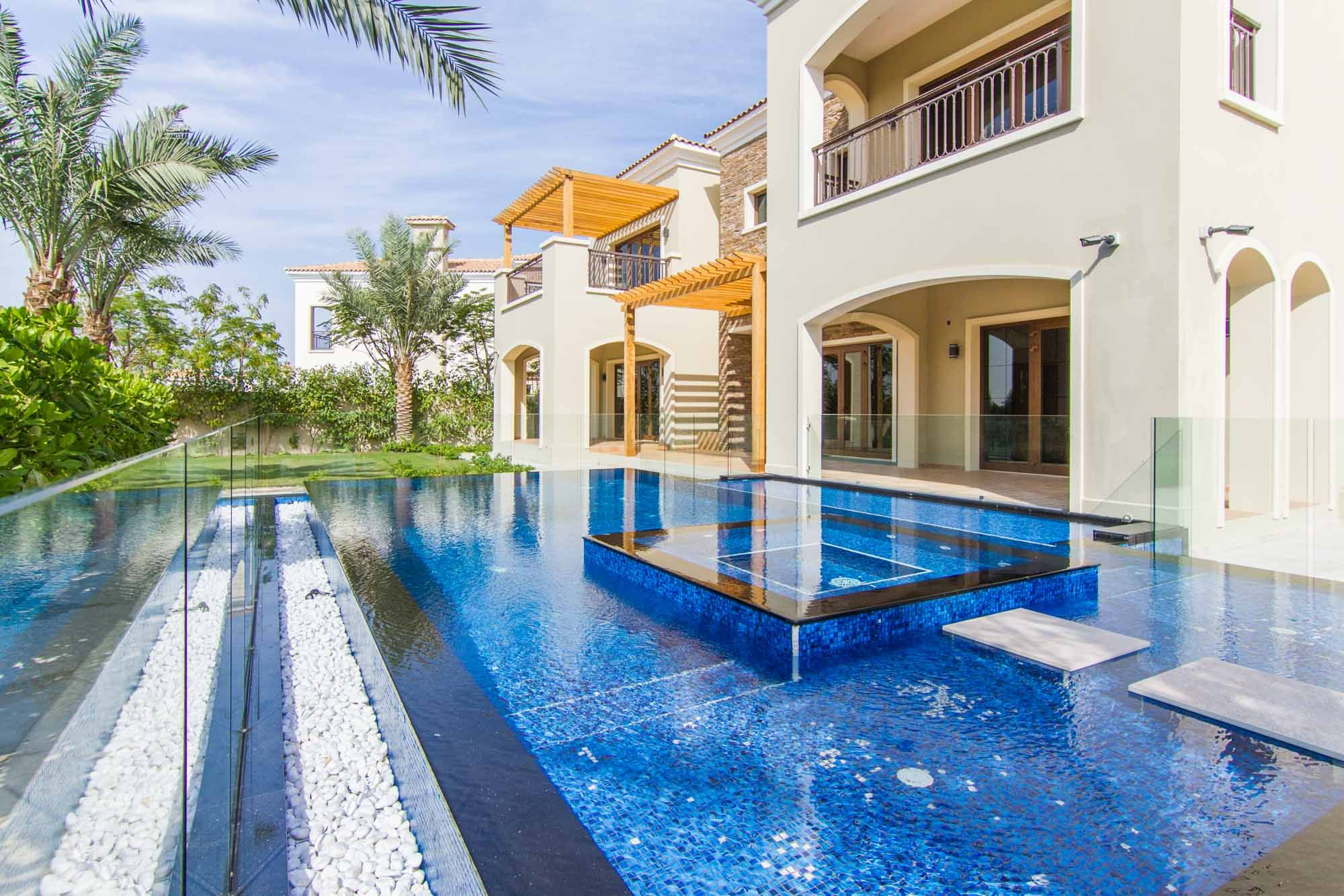 Completely upgraded spacious Villa