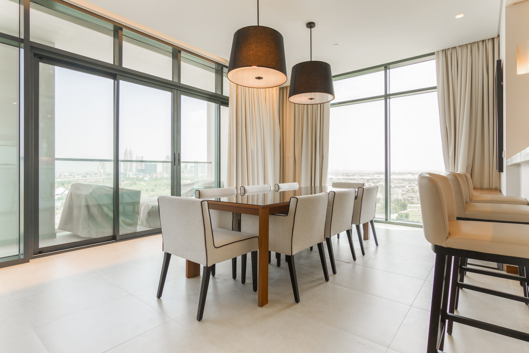 Luxurious 2 bed in VIDA with Full Golf View