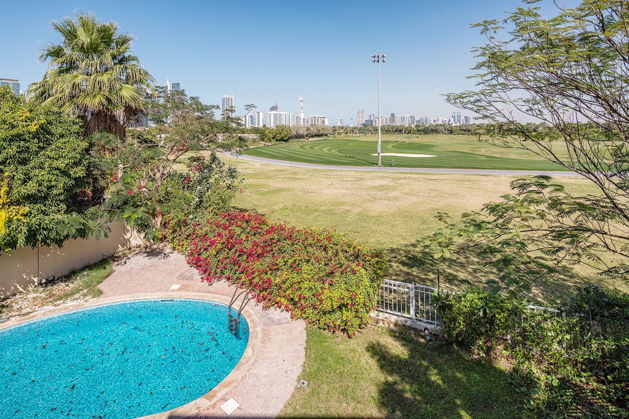 Full golf course view 6 bed Villa