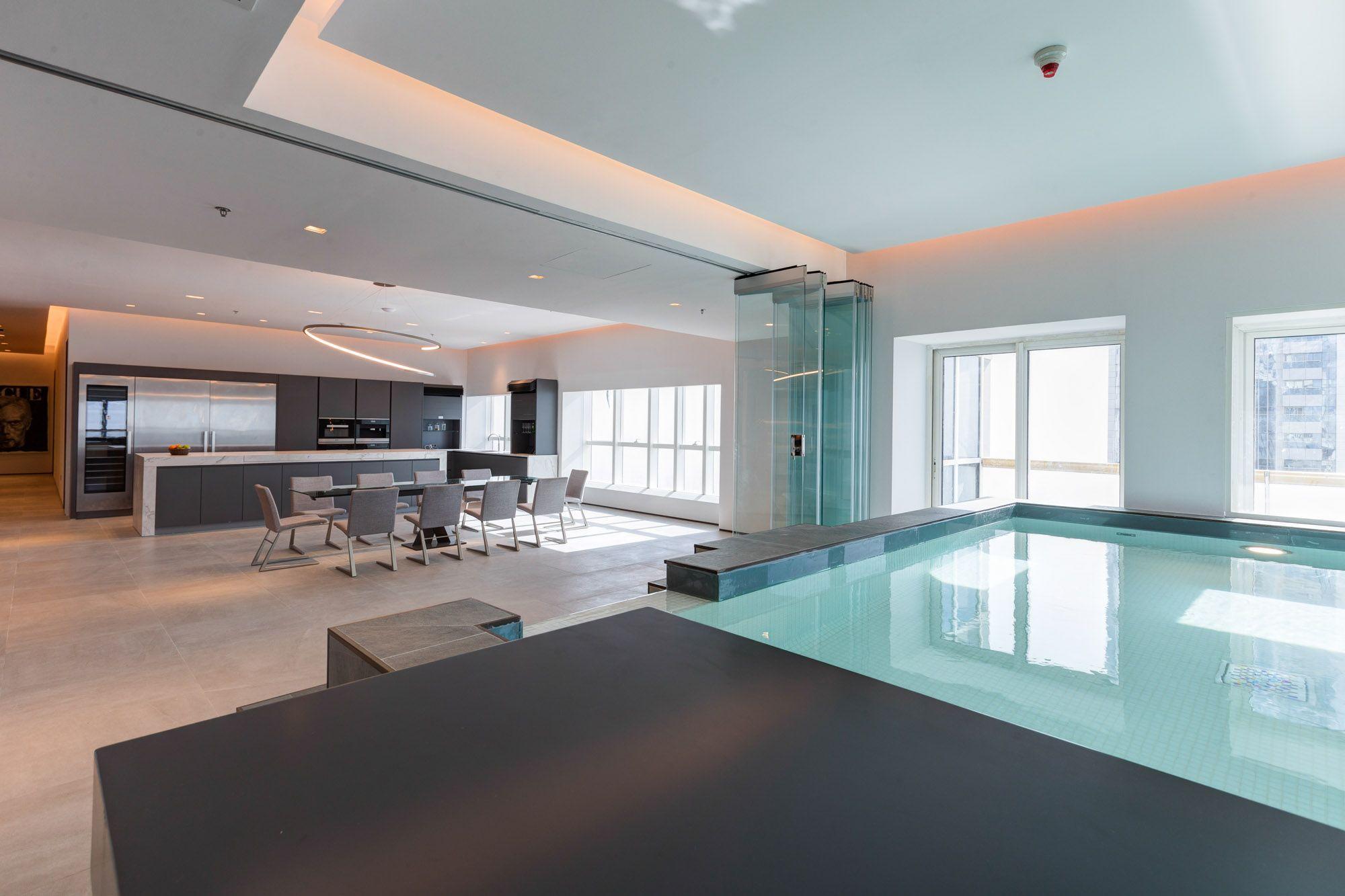 Full Sea View Penthouse with Pool in Dubai Marina