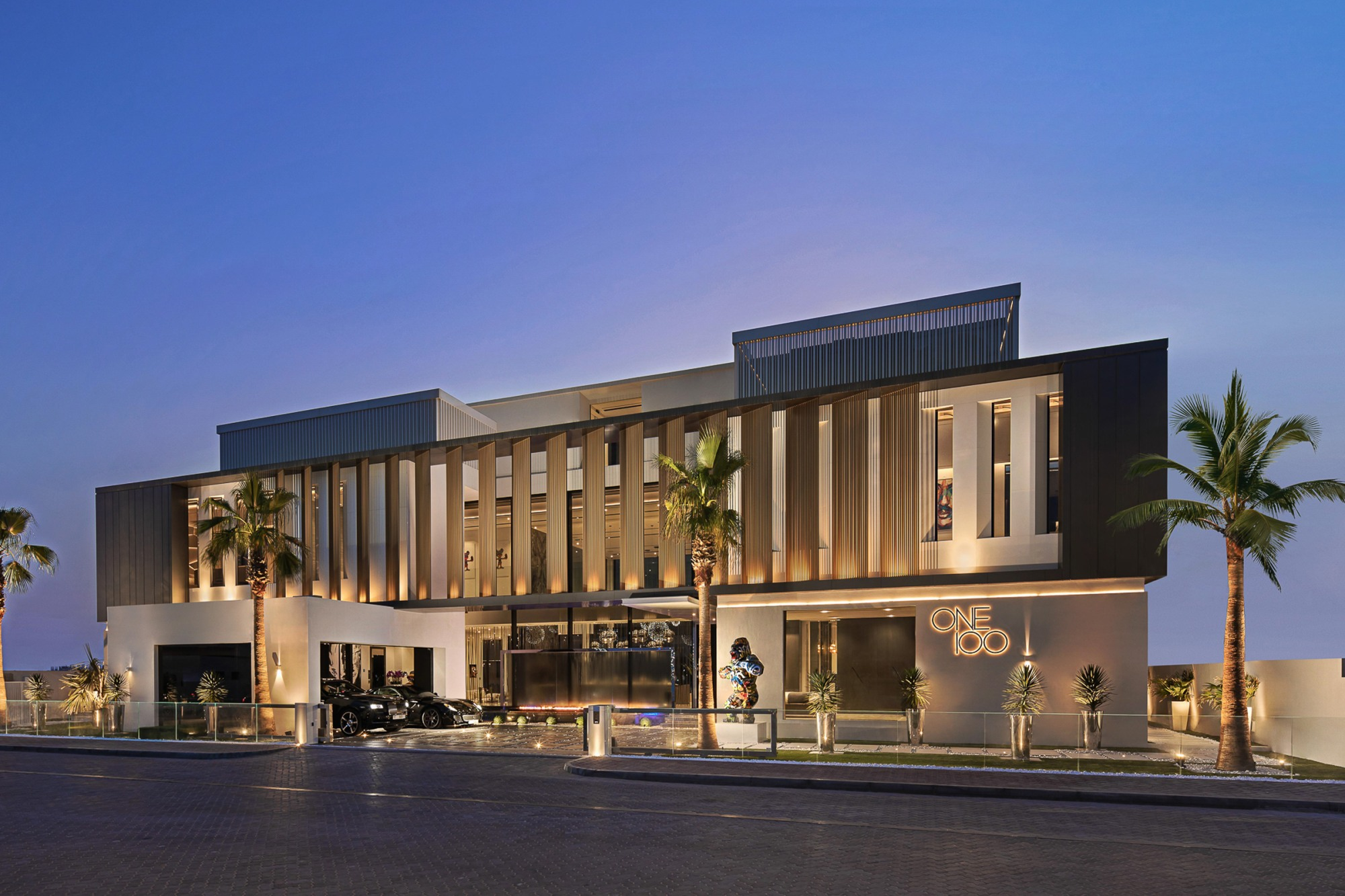 ONE100 - Ultra Luxury Beach Mansion